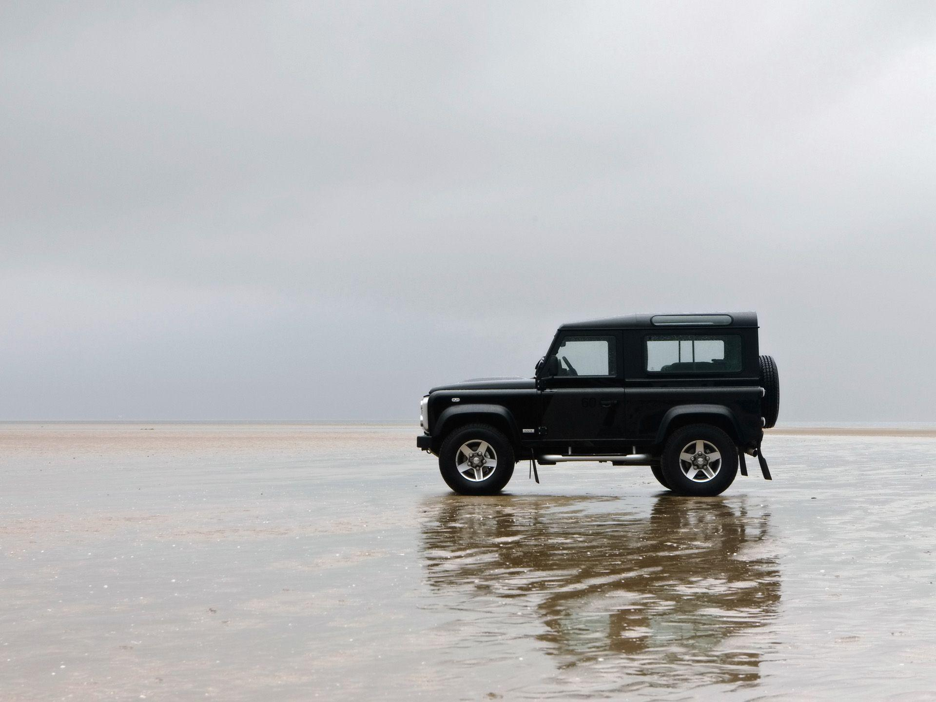 Land Rover Defender Wallpapers