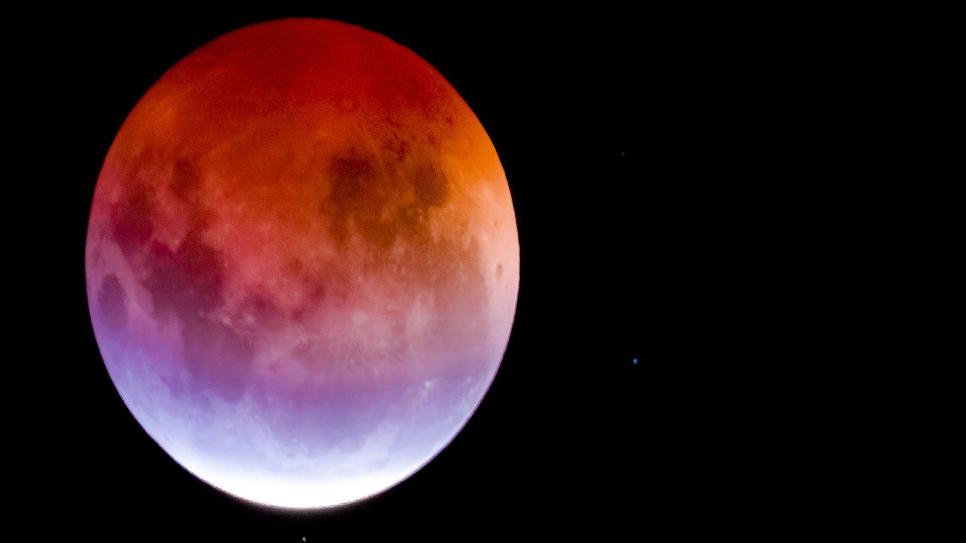 Super Blue-Blood Moon Meditation – The Golden Space Malaysia