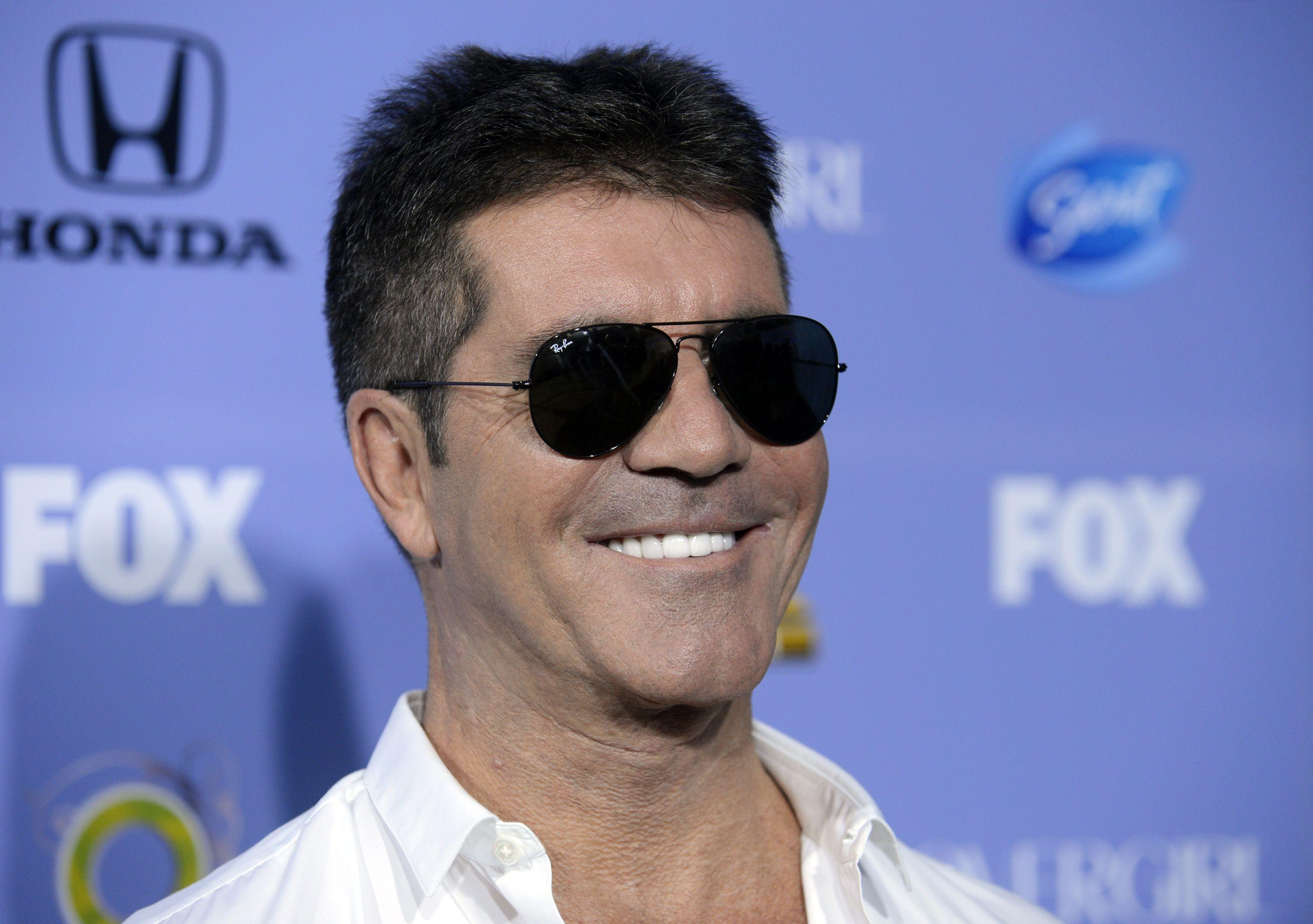 Simon Cowell Smile Wallpaper Backgrounds 57132 3000x2111 px