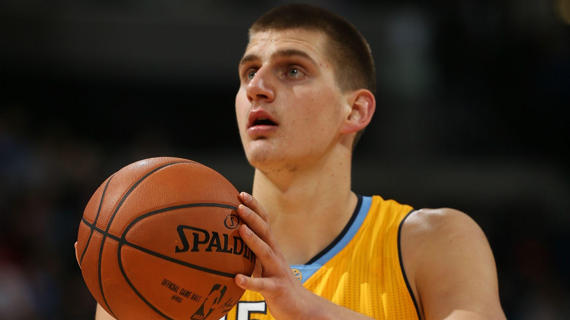 Nikola Jokic, Nuggets outpace Knicks as 'Free Oakley' chants rain ...