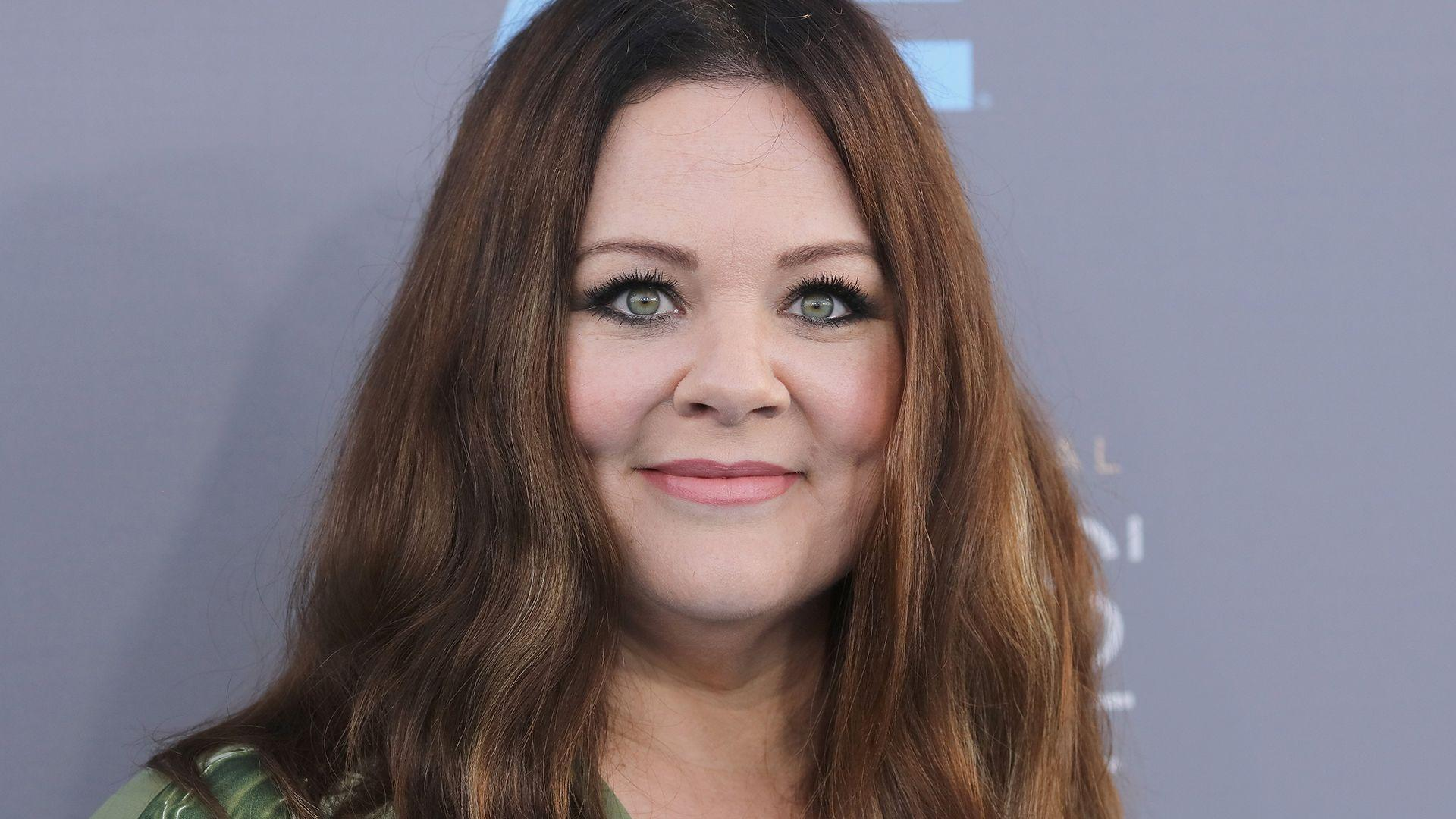 Melissa McCarthy on teaching daughters to accept compliments: 'Don ...