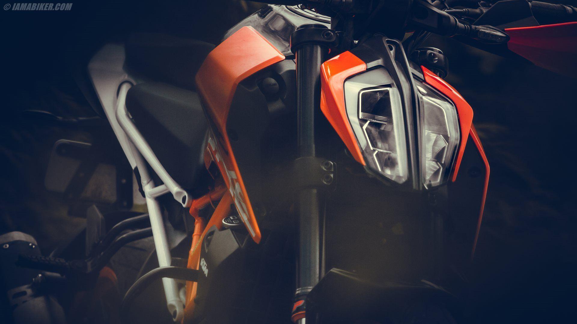2017 KTM 390 Duke Wallpapers