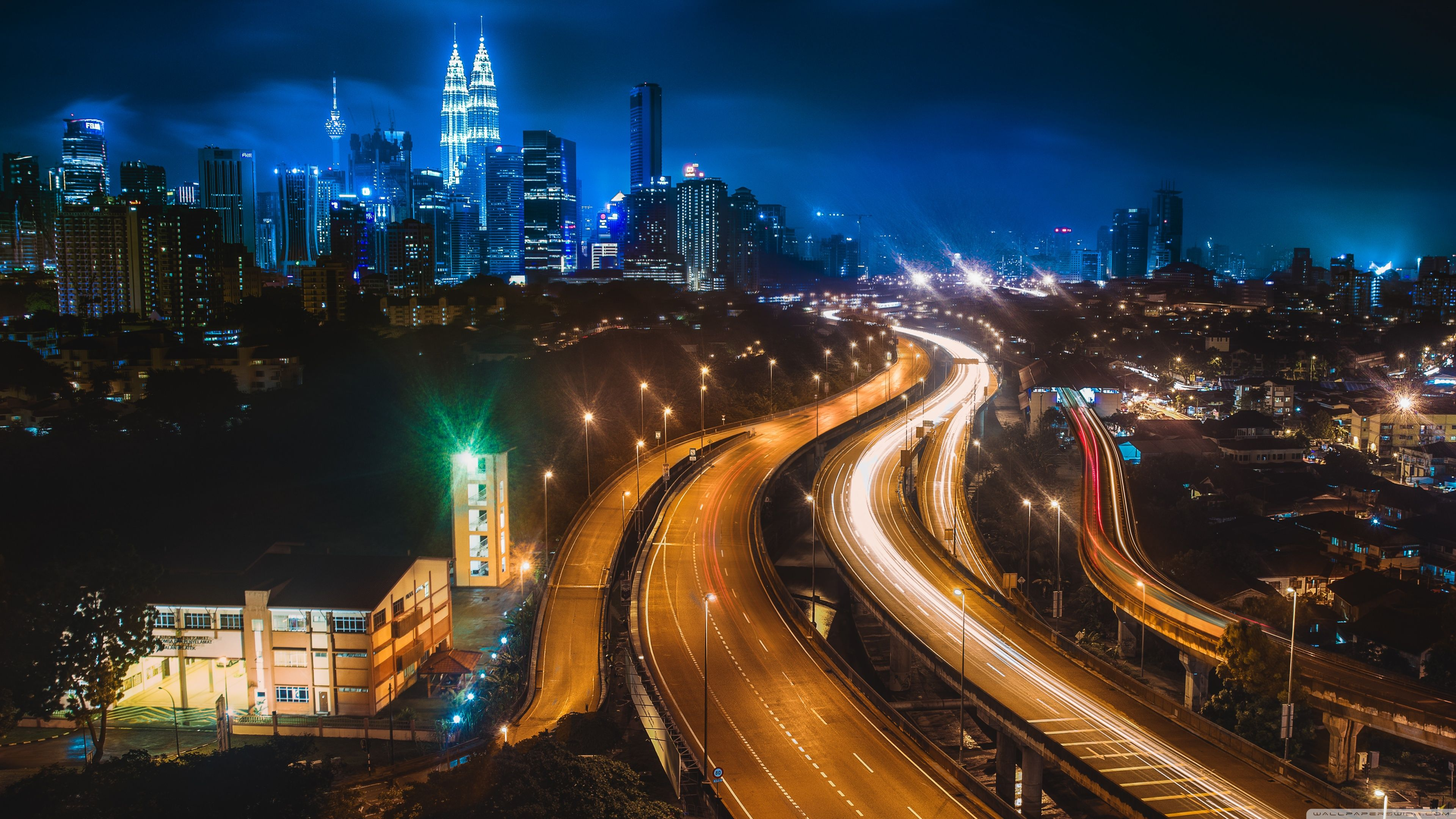 Kuala Lumpur at Night ❤ 4K HD Desktop Wallpaper for • Dual ...