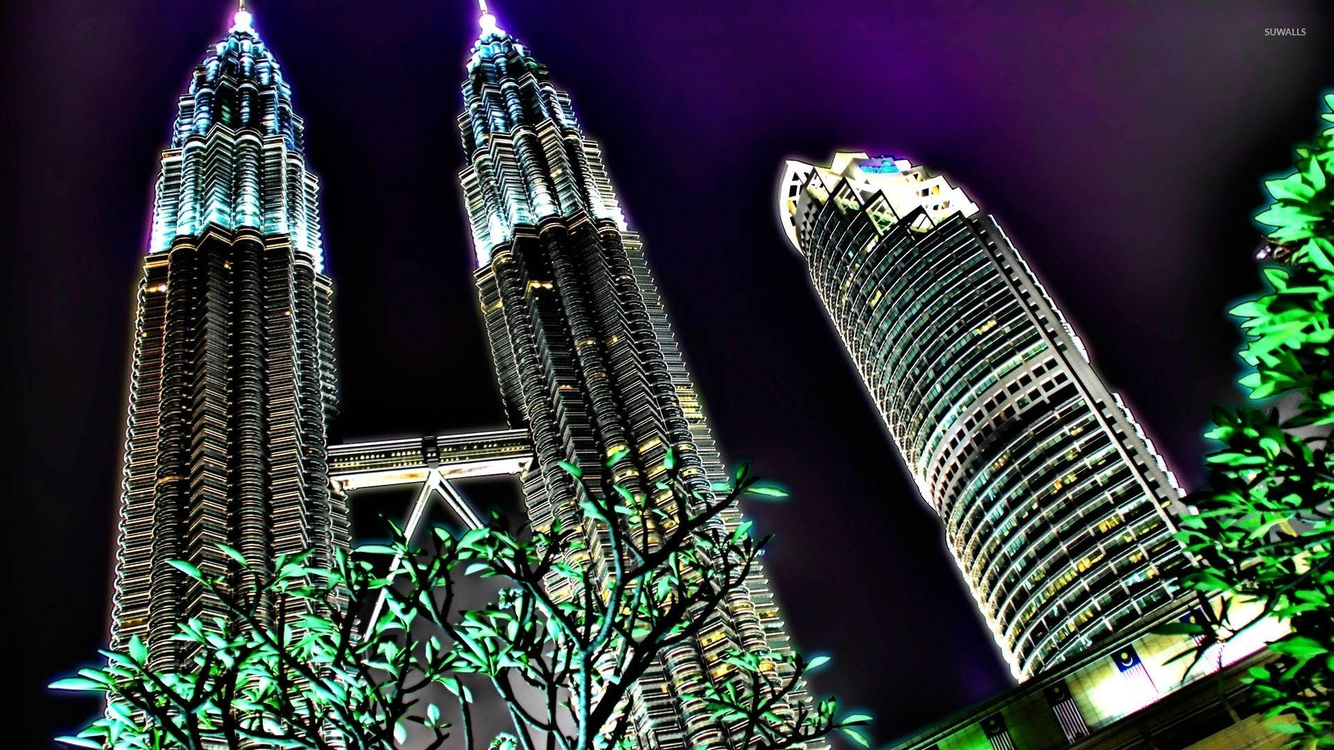 Petronas Towers in Kuala Lumpur wallpaper - World wallpapers - #4222