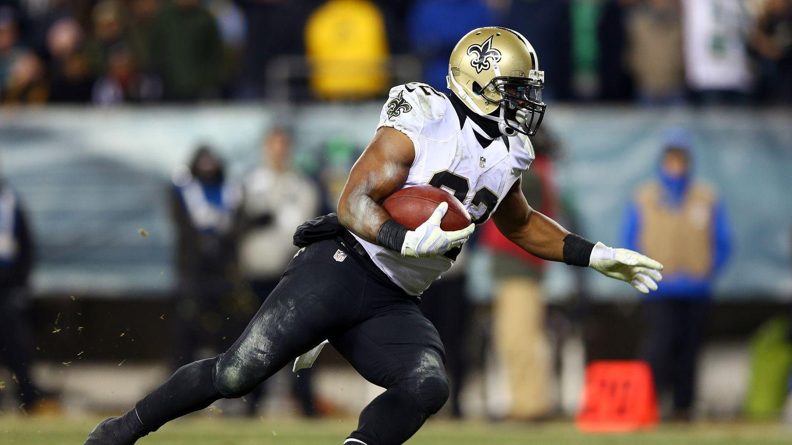 Rumor: Eagles, Saints discussing Mark Ingram for Jason Kelce trade