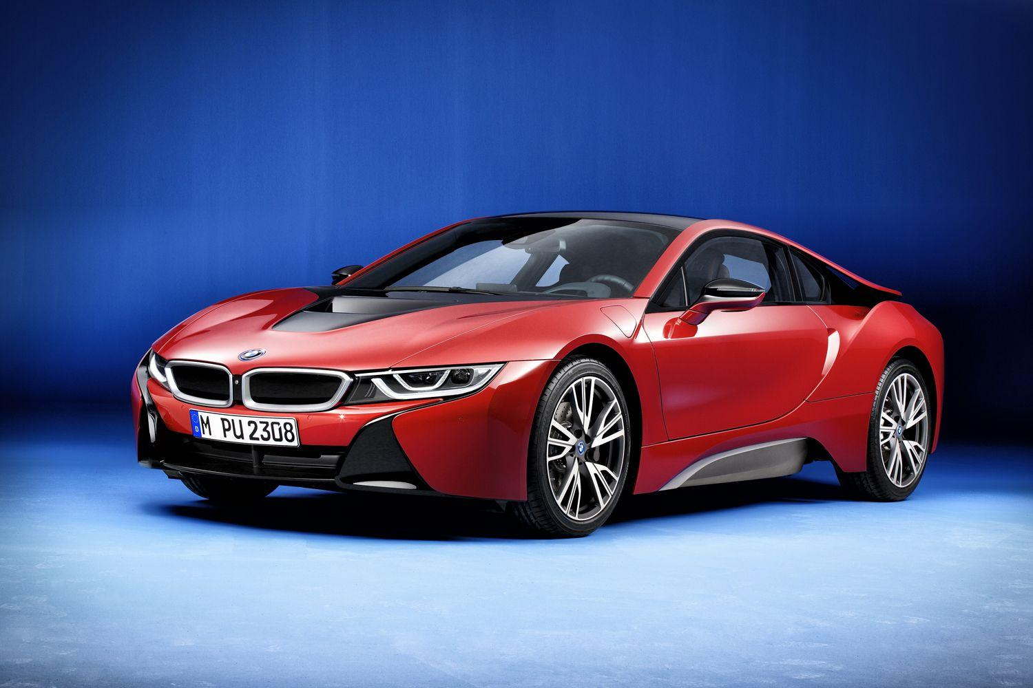Has the updated version of BMW's futuristic i8 been hiding in