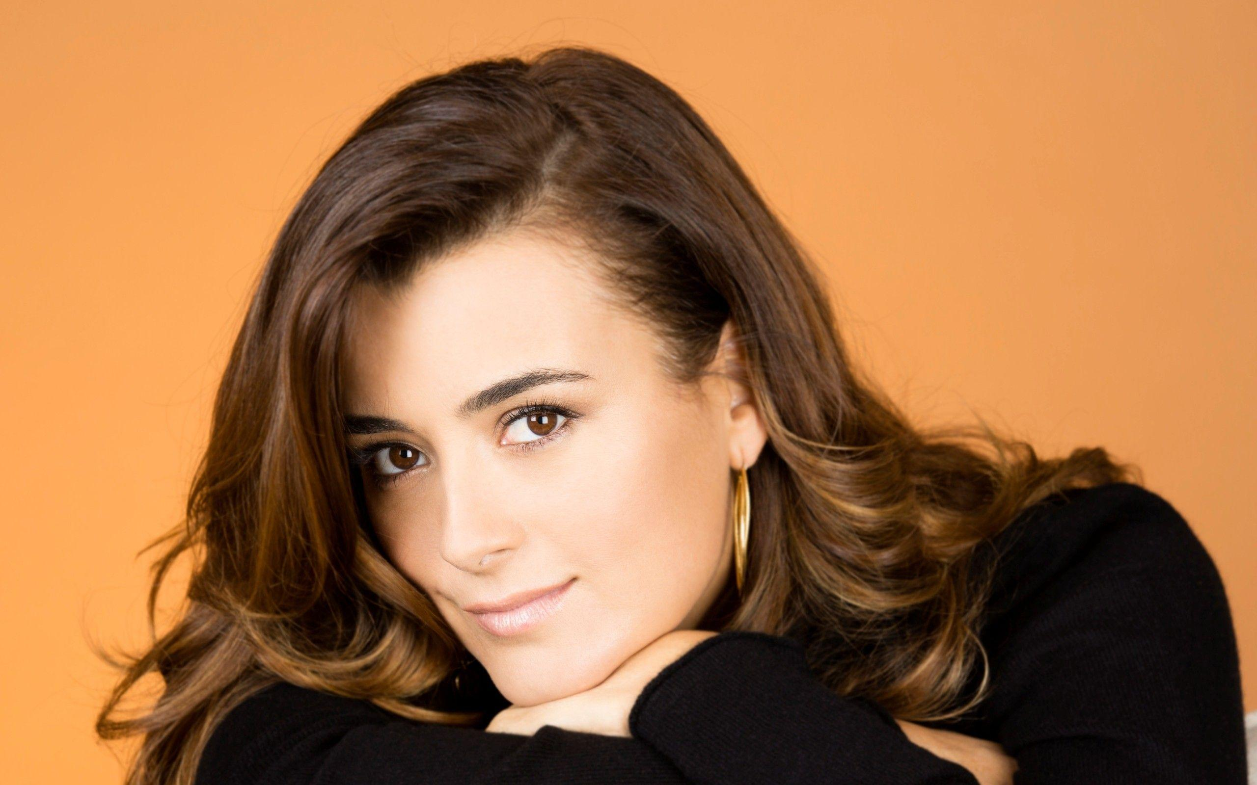 Cote De Pablo Wallpapers Wallpaper Cave