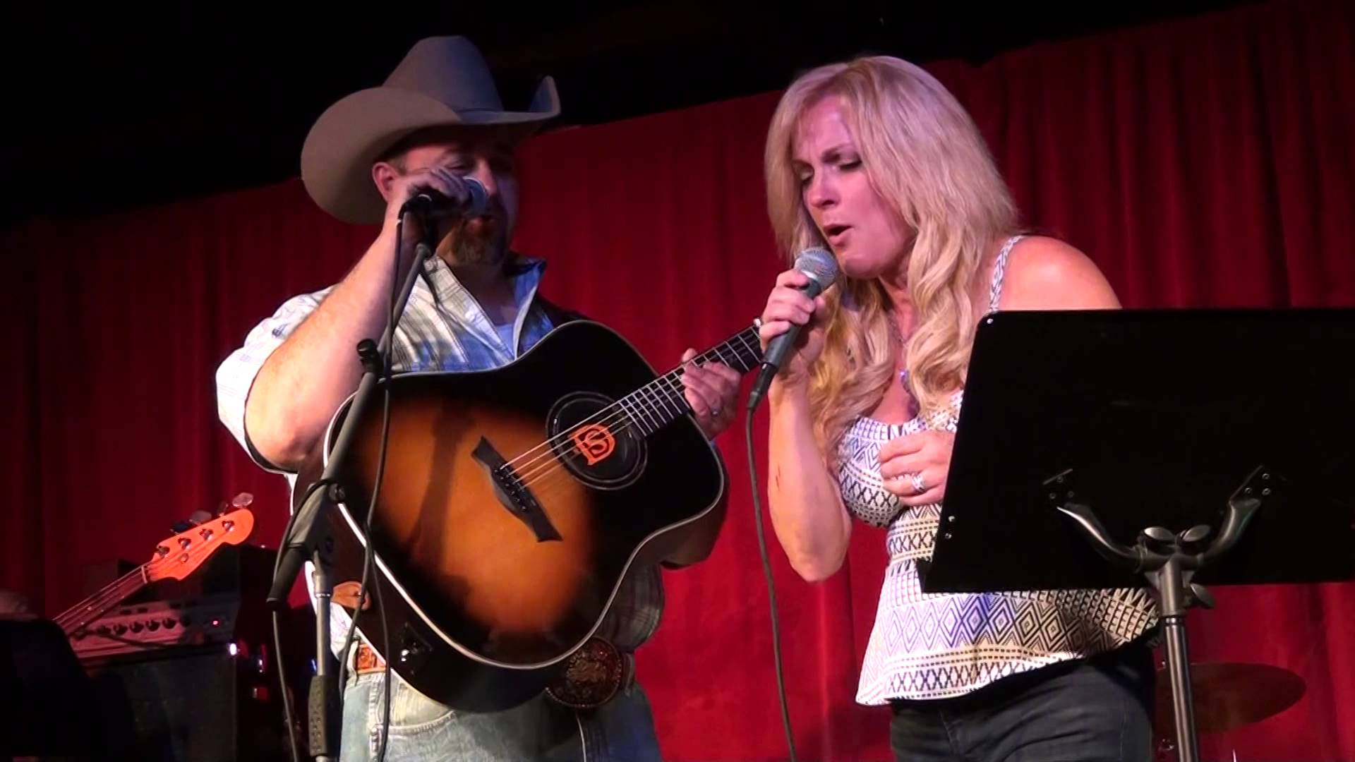 Rhonda Vincent & Daryle Singletary - We're Gonna Hold On - YouTube