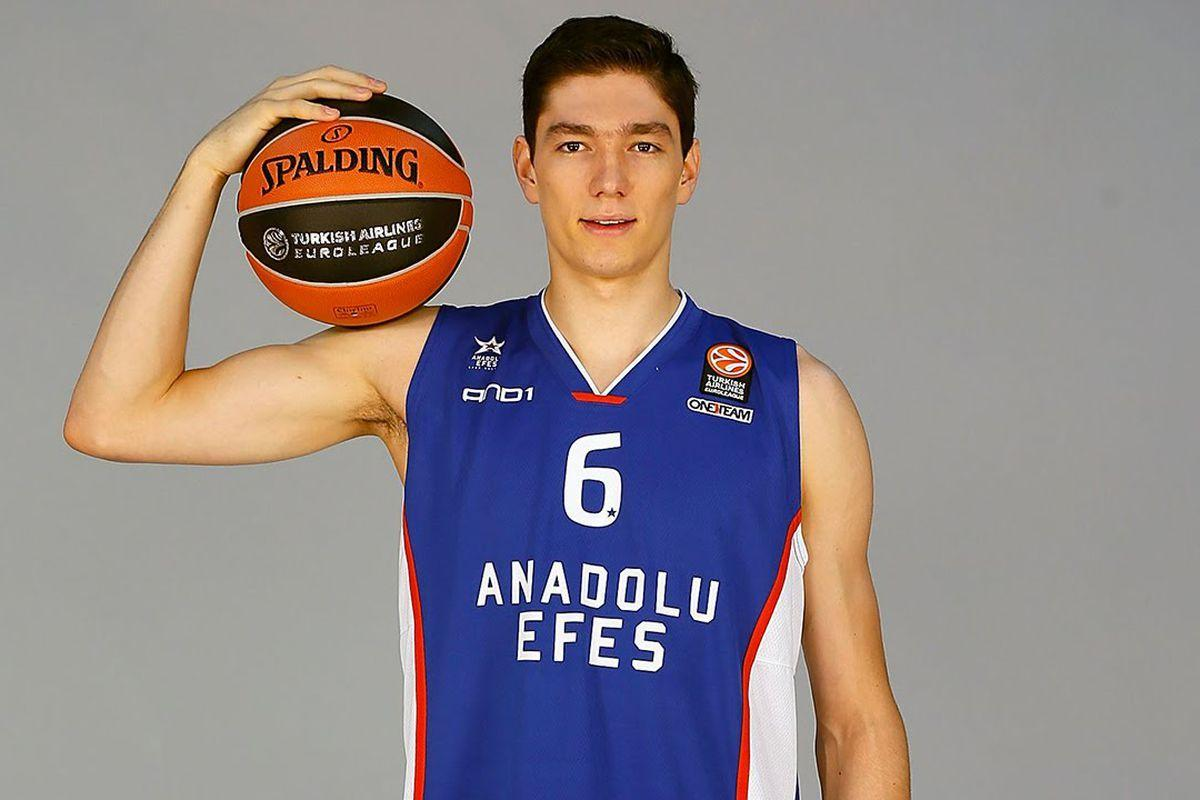 "Giannis Antetokounmpo on Cavs prospect Cedi Osman: ""He is going to ..."