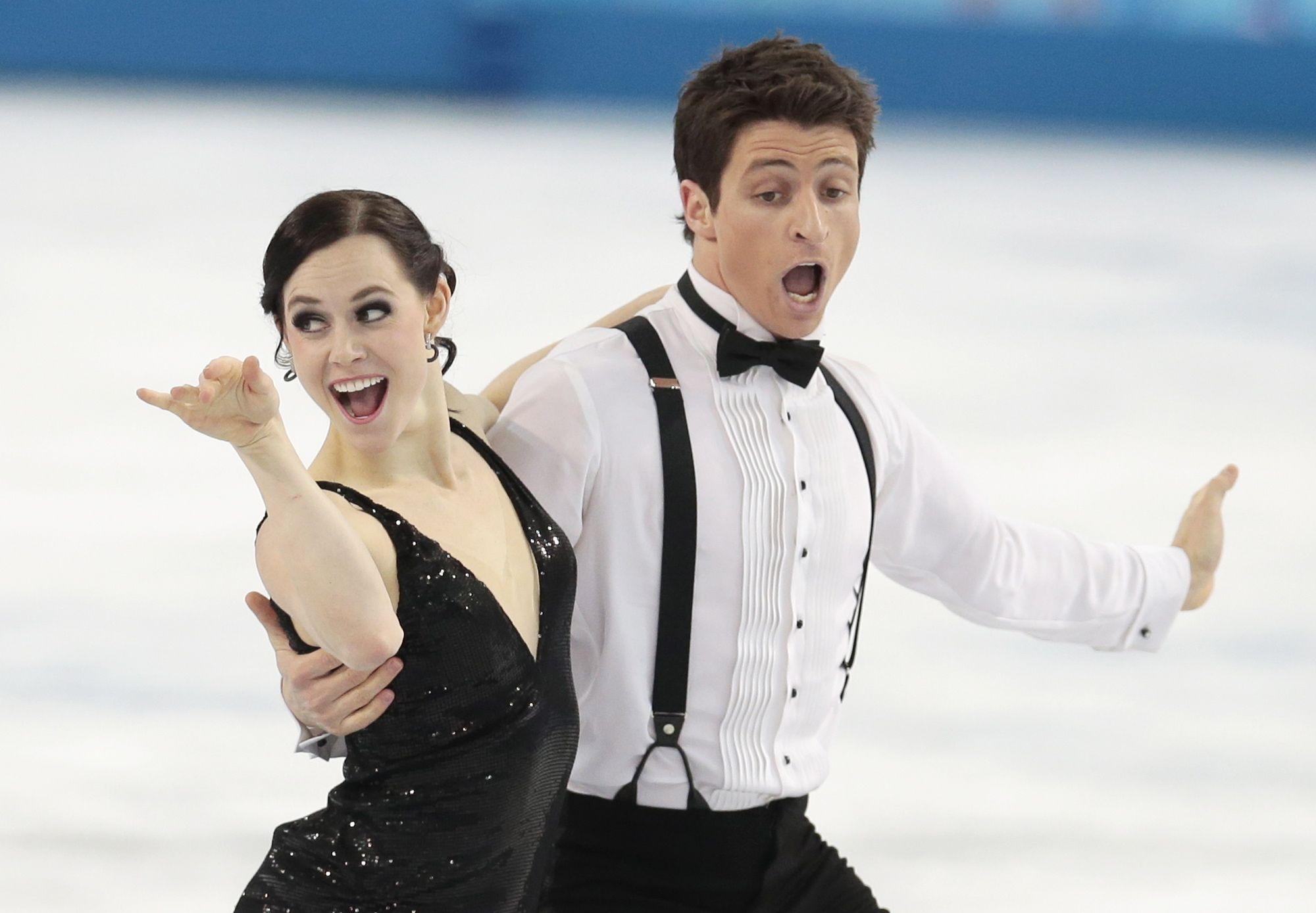 Holders of two silver medals in the discipline of figure skating ...
