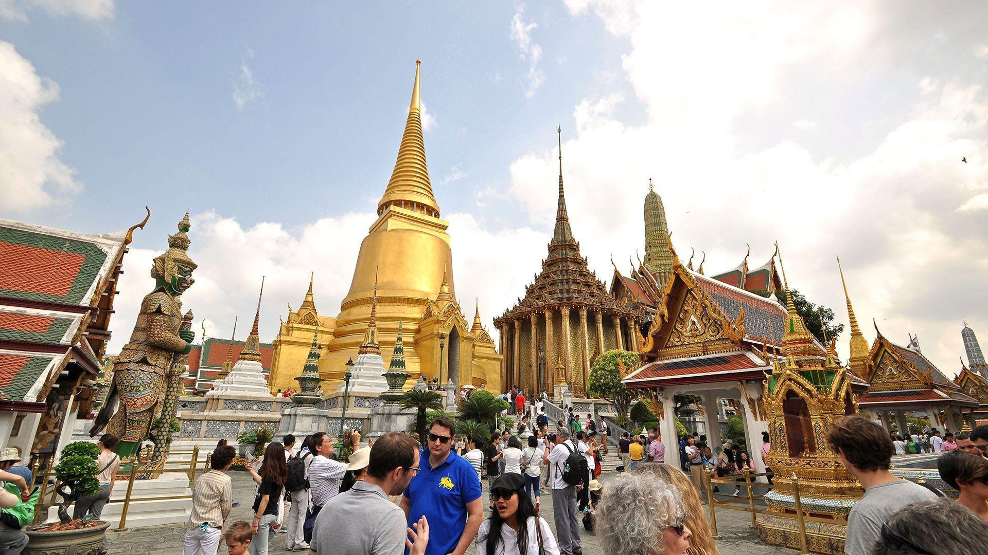 Grand Palace and Jim Thompson House: Best attractions in Bangkok ...