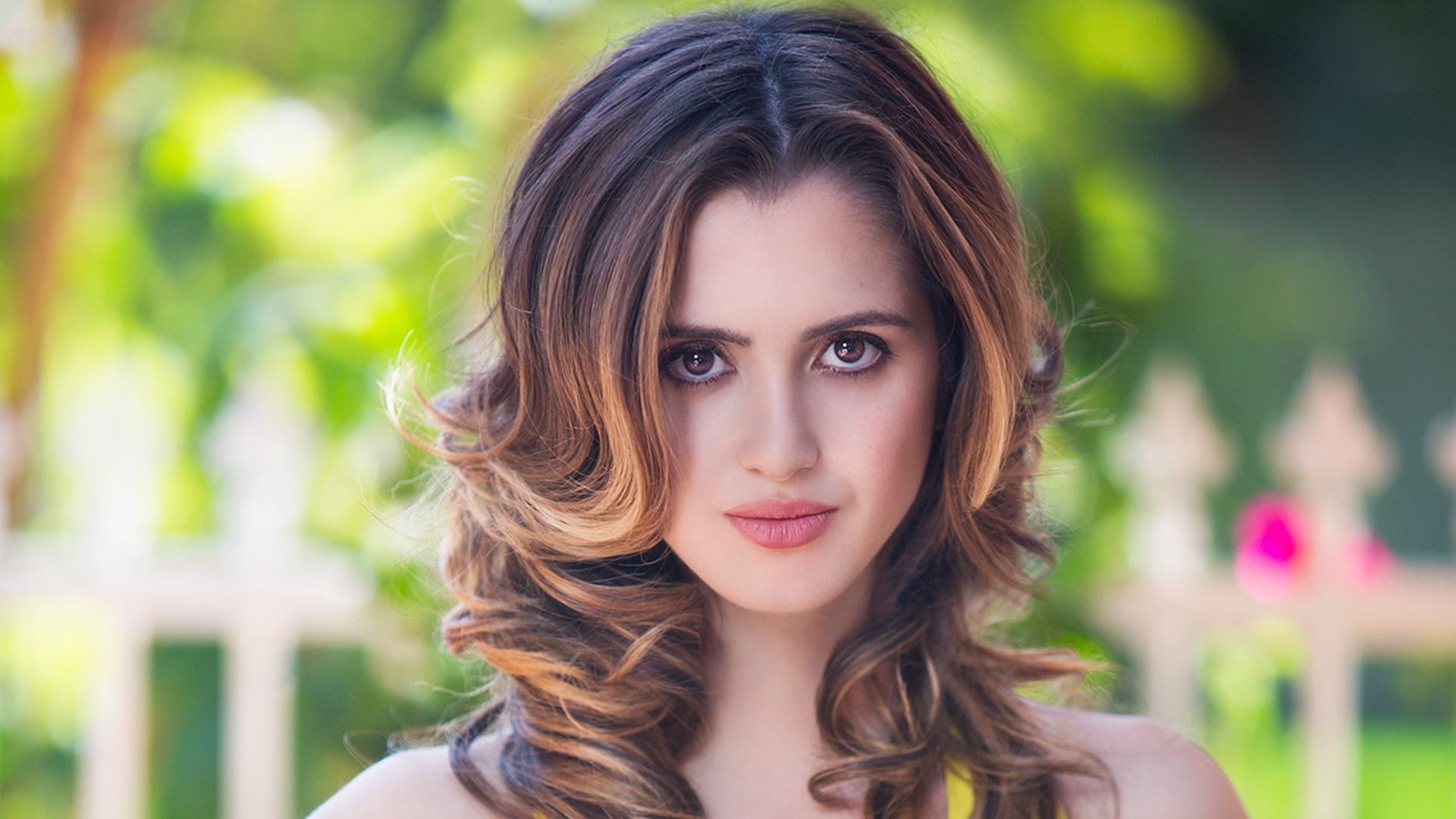 Laura Marano wallpapers HD High Quality Resolution Download