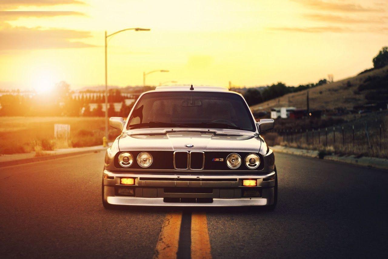 BMW E30 Wallpaper 01