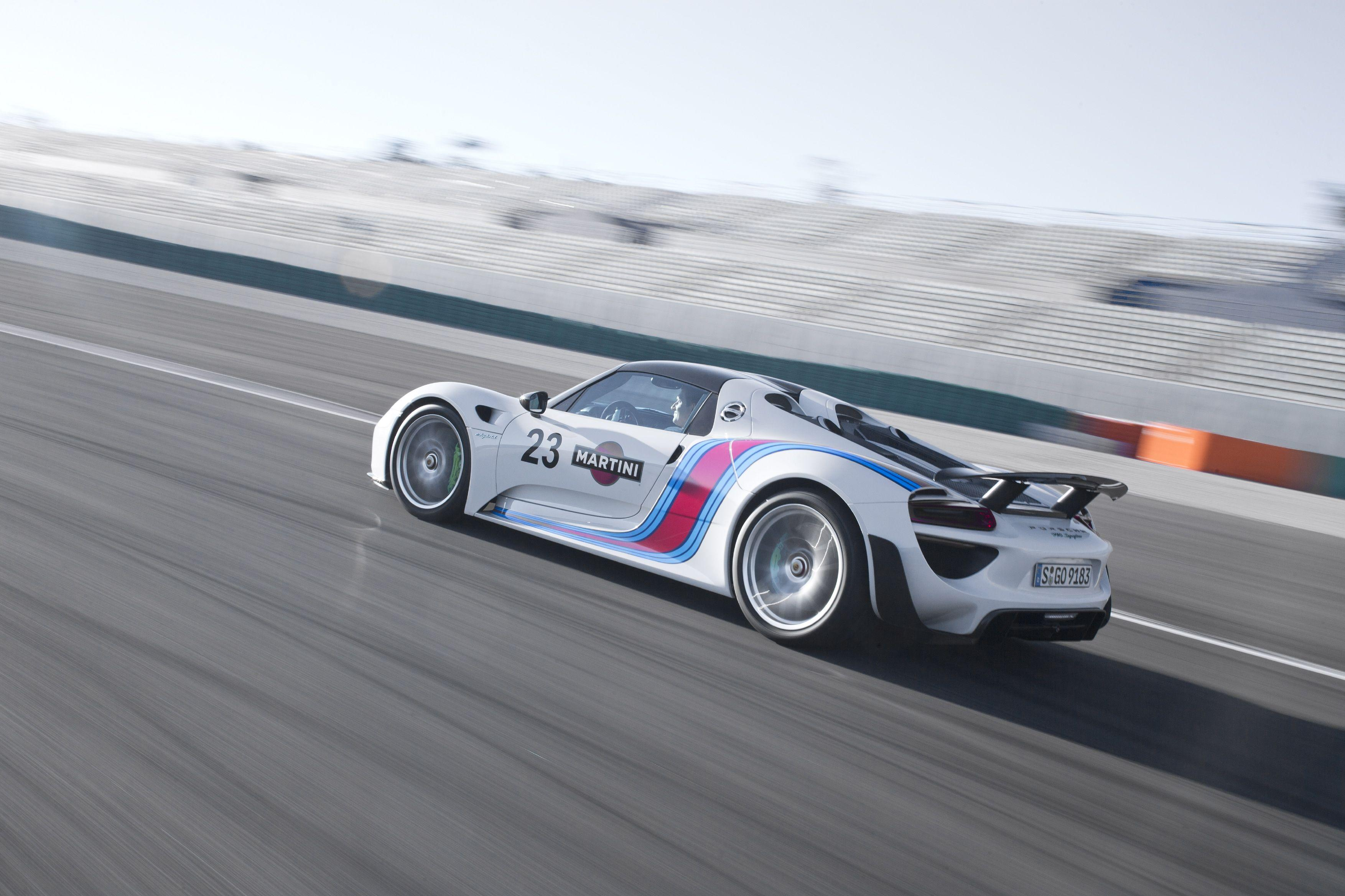 Wallpapers Wednesday: Porsche 918 Spyder