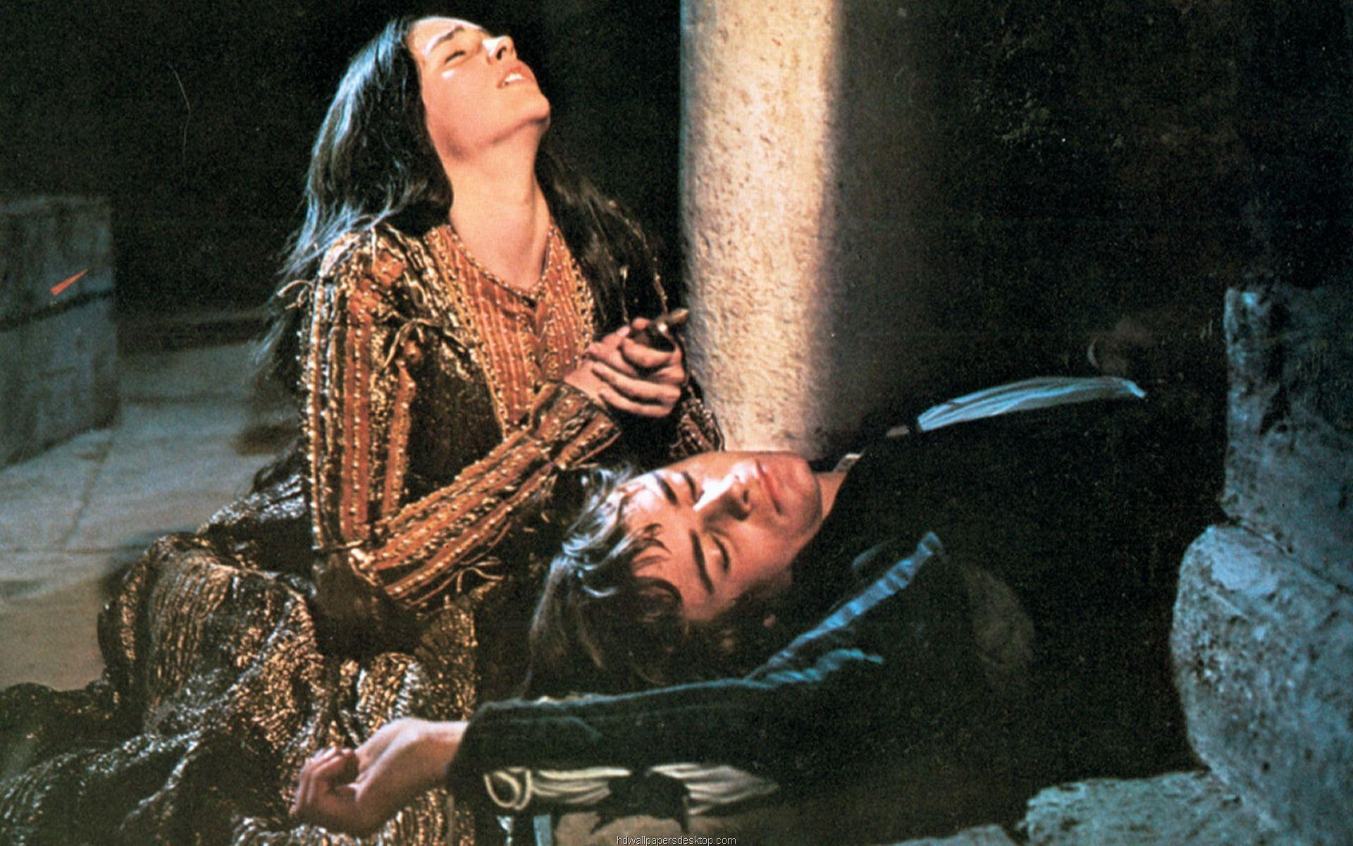 romeo and juliet film scene analysis While creating multiple film adaptations of the classic shakespearean tragedy, romeo and juliet, many people have tried to establish the same, timeless magic of the.