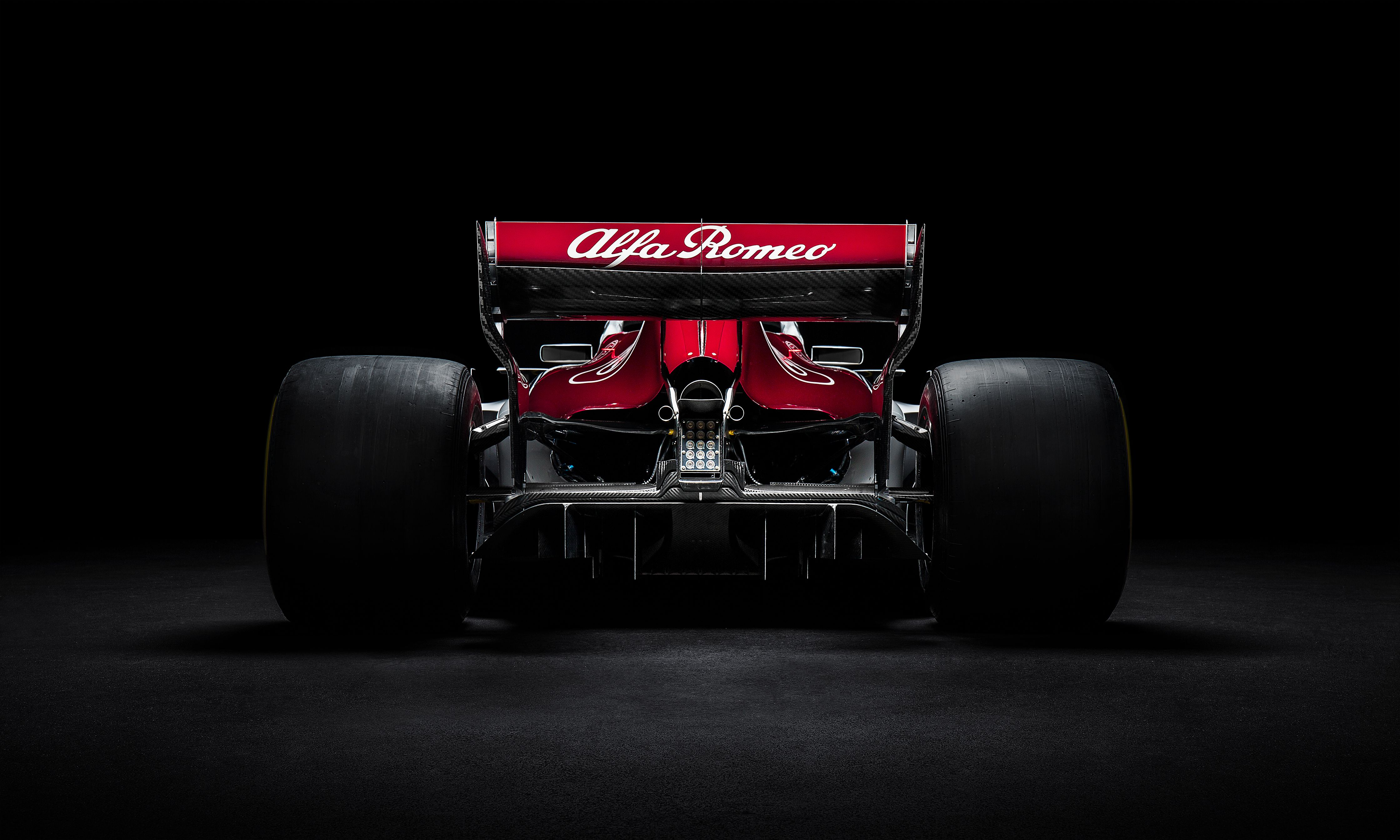 Alfa Romeo Sauber C37 Zoom Background