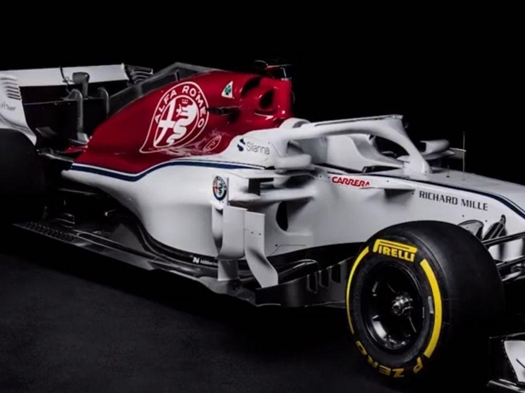 Alfa Romeo Sauber C37 Background 8