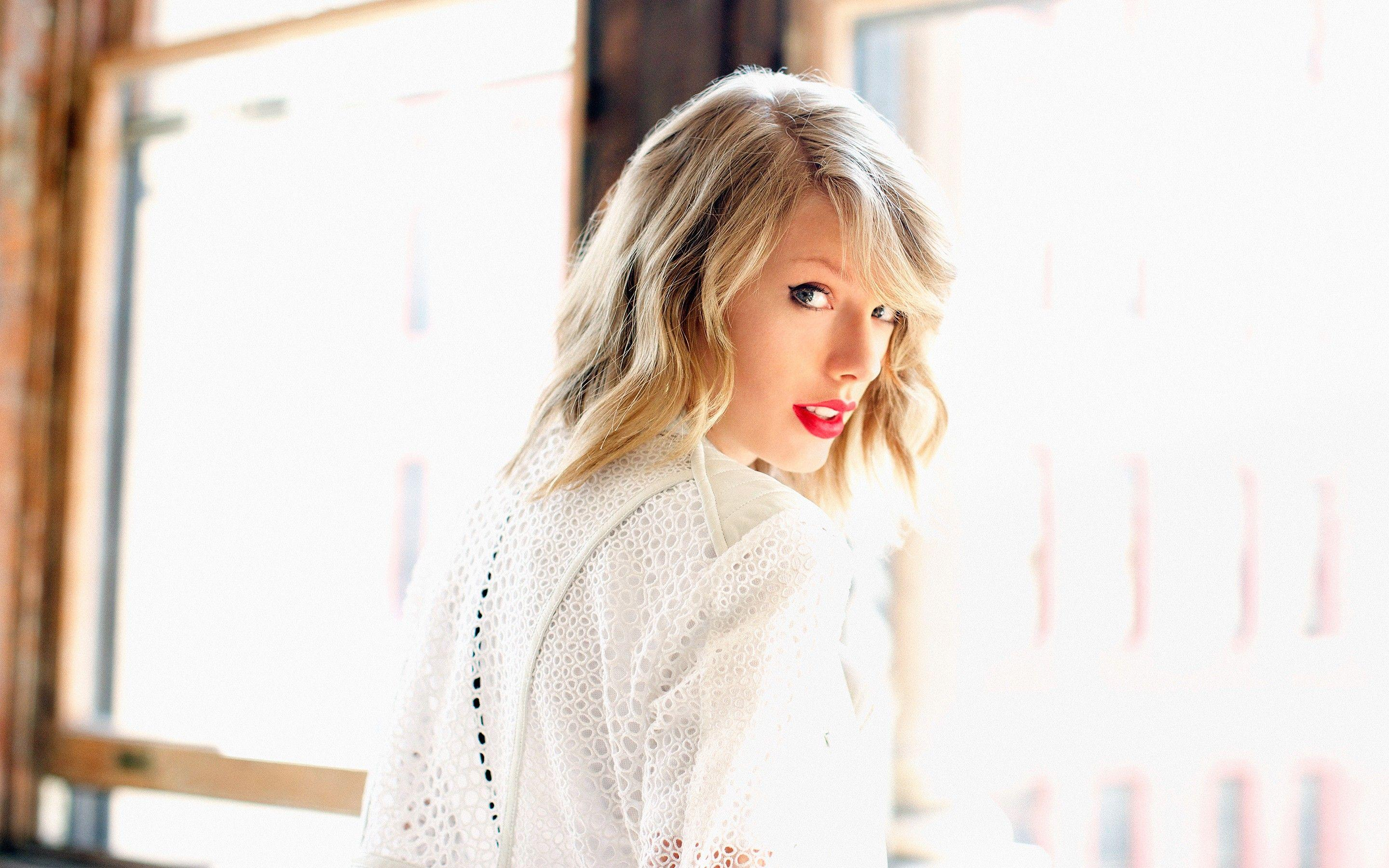 Taylor Swift Archives - This Must Be Pop This Must Be Pop