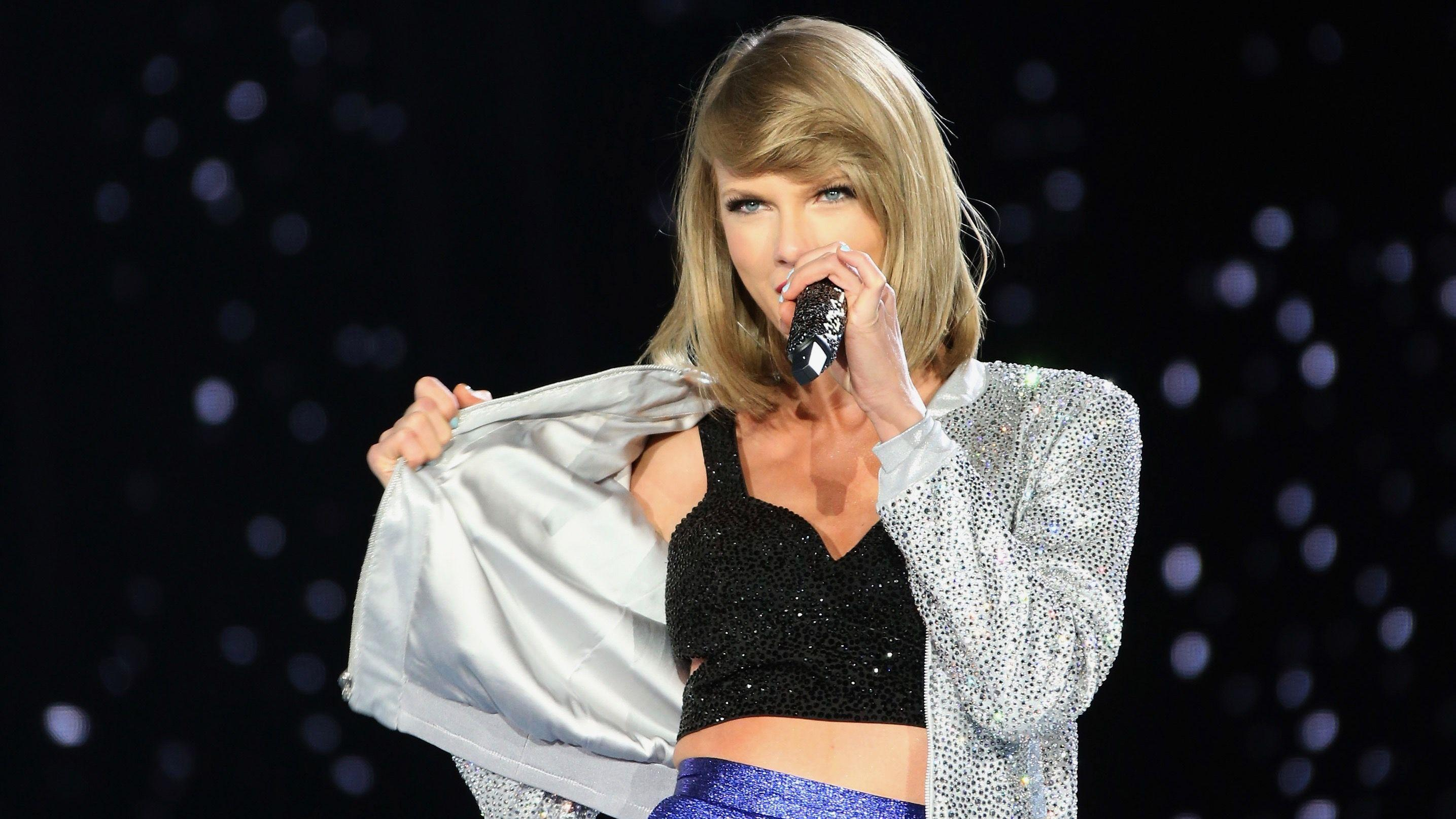 Taylor Swift Shares Cute New Music Video For Song 'Delicate' – Be ...