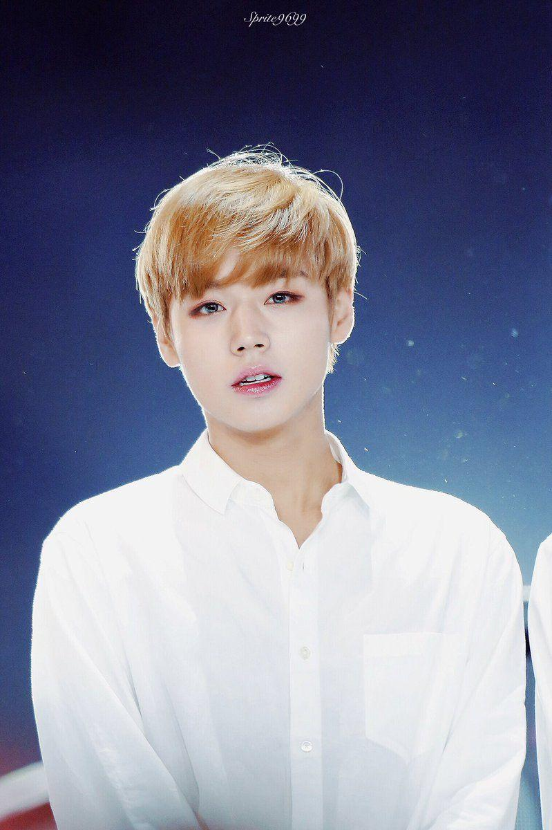 Appreciating Blonde Park Jihoon ♥ - Random - OneHallyu