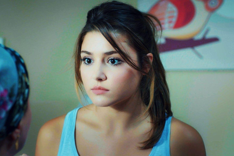 Hayat Hande Ercel In 2019 Beautiful Actresses Hollywood