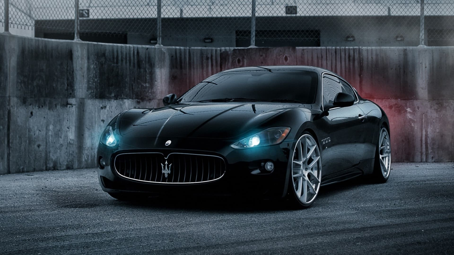 30 Maserati GranTurismo Wallpapers High Resolution Download