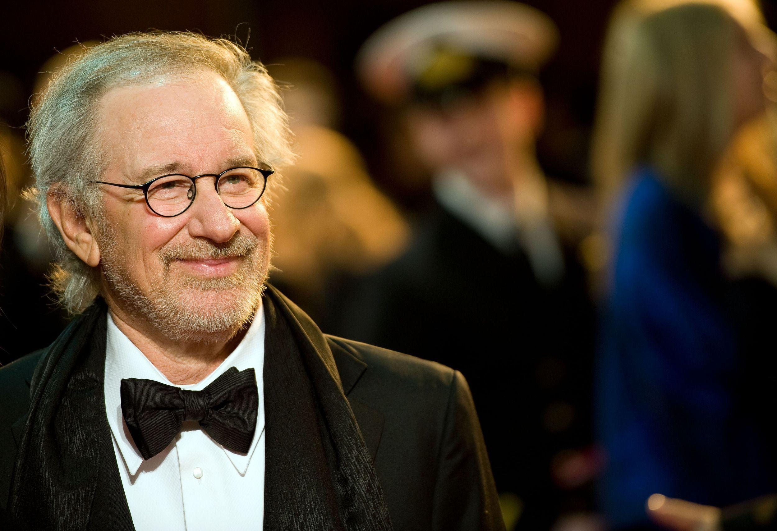 Steven Spielberg Backgrounds 4K Download