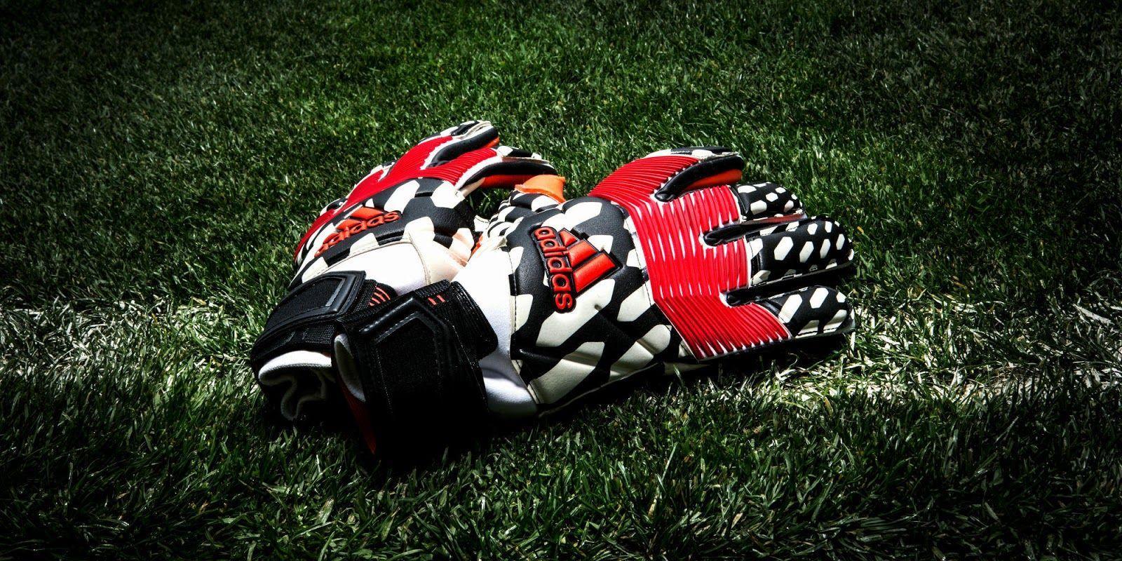 Goalkeeper Gloves Football Wallpapers - Wallpaper Cave