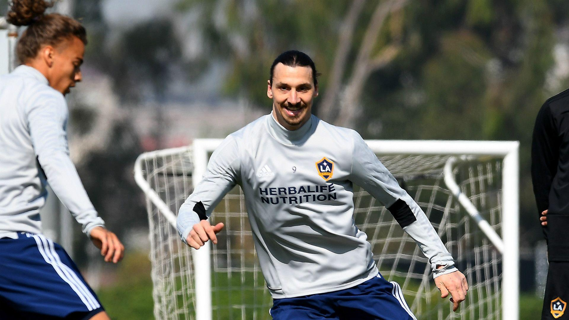 fde3ea97107 Knee injury showed Zlatan isn't invincible, but also made him .