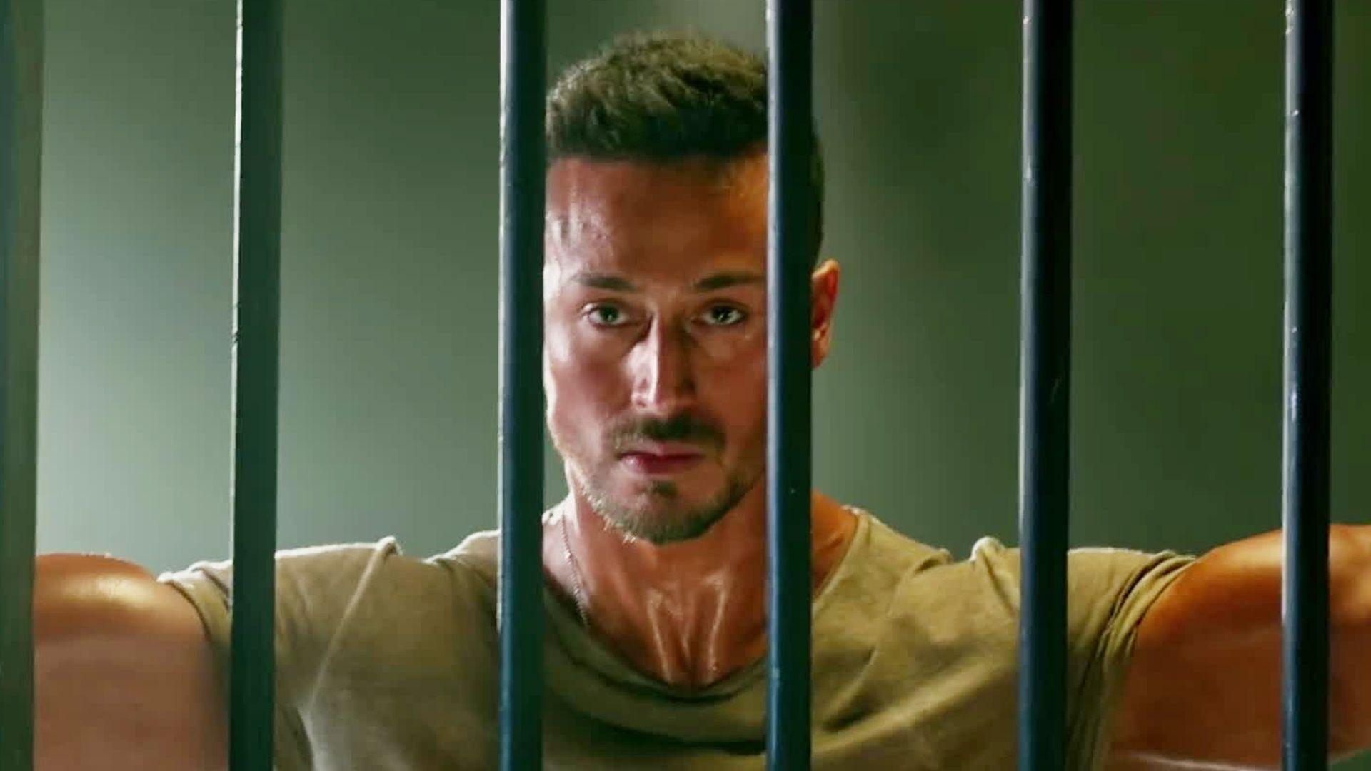 baaghi 2 wallpapers - wallpaper cave