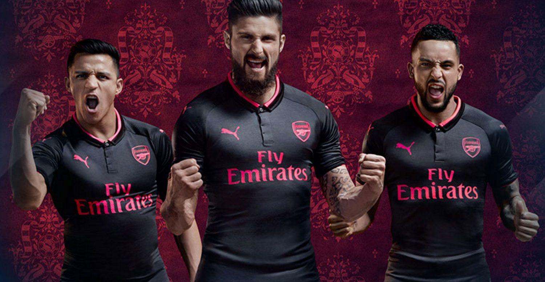 fc499f57 2017-18 kits, jerseys: Arsenal, Manchester United, more (PHOTOS .