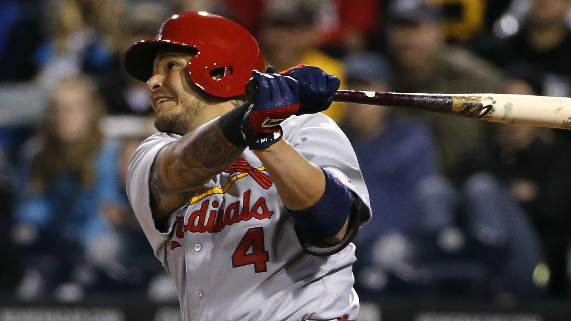 Yadier Molina injury update: Cardinals C out 8