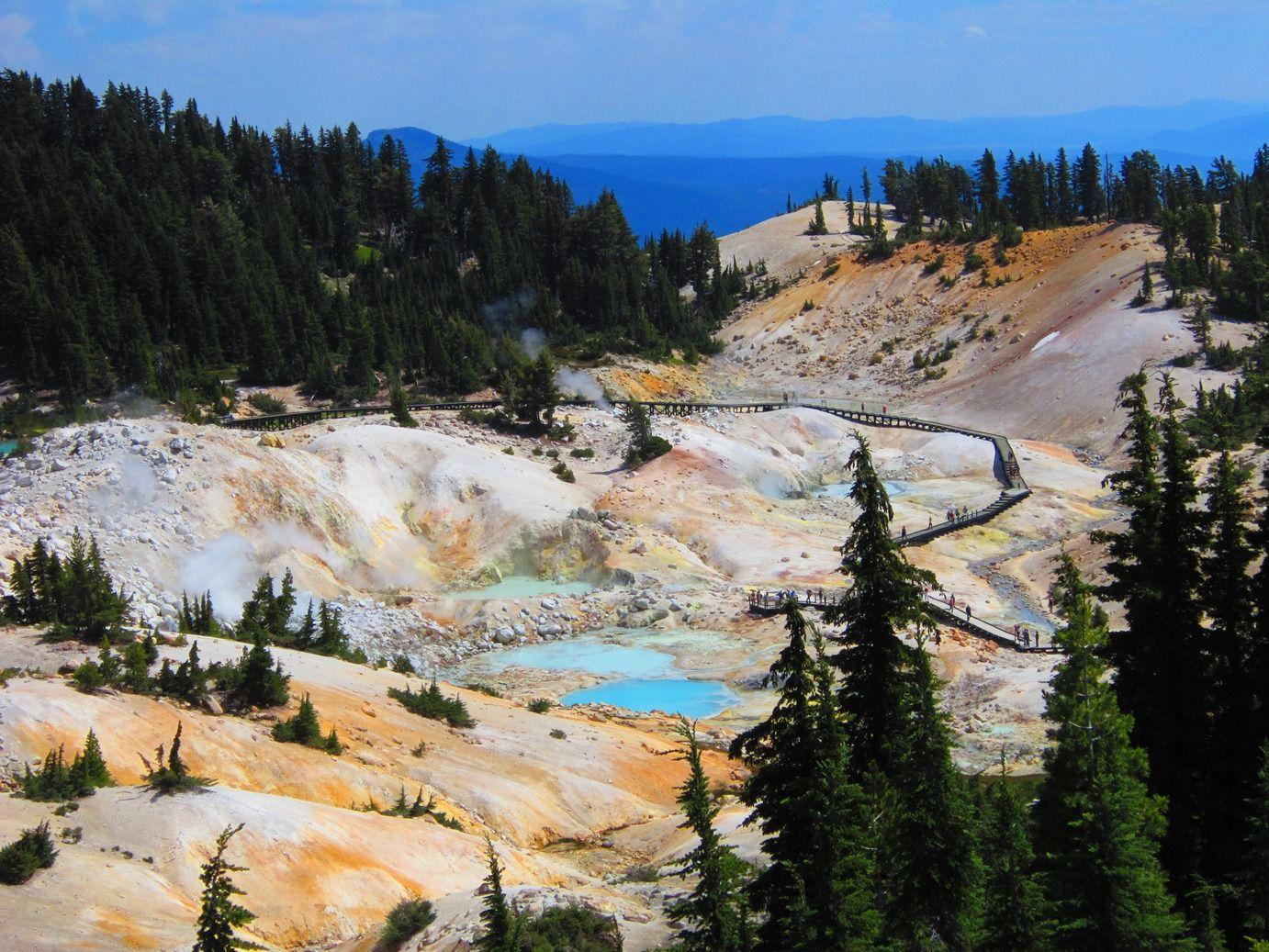 Nature Backgrounds, 655712 Lassen Volcanic National Park ...