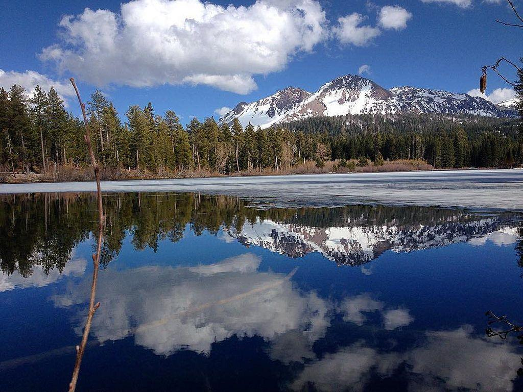 Lake Manzanita at Lassen Volcanic National Park | Dhinal Chheda ...