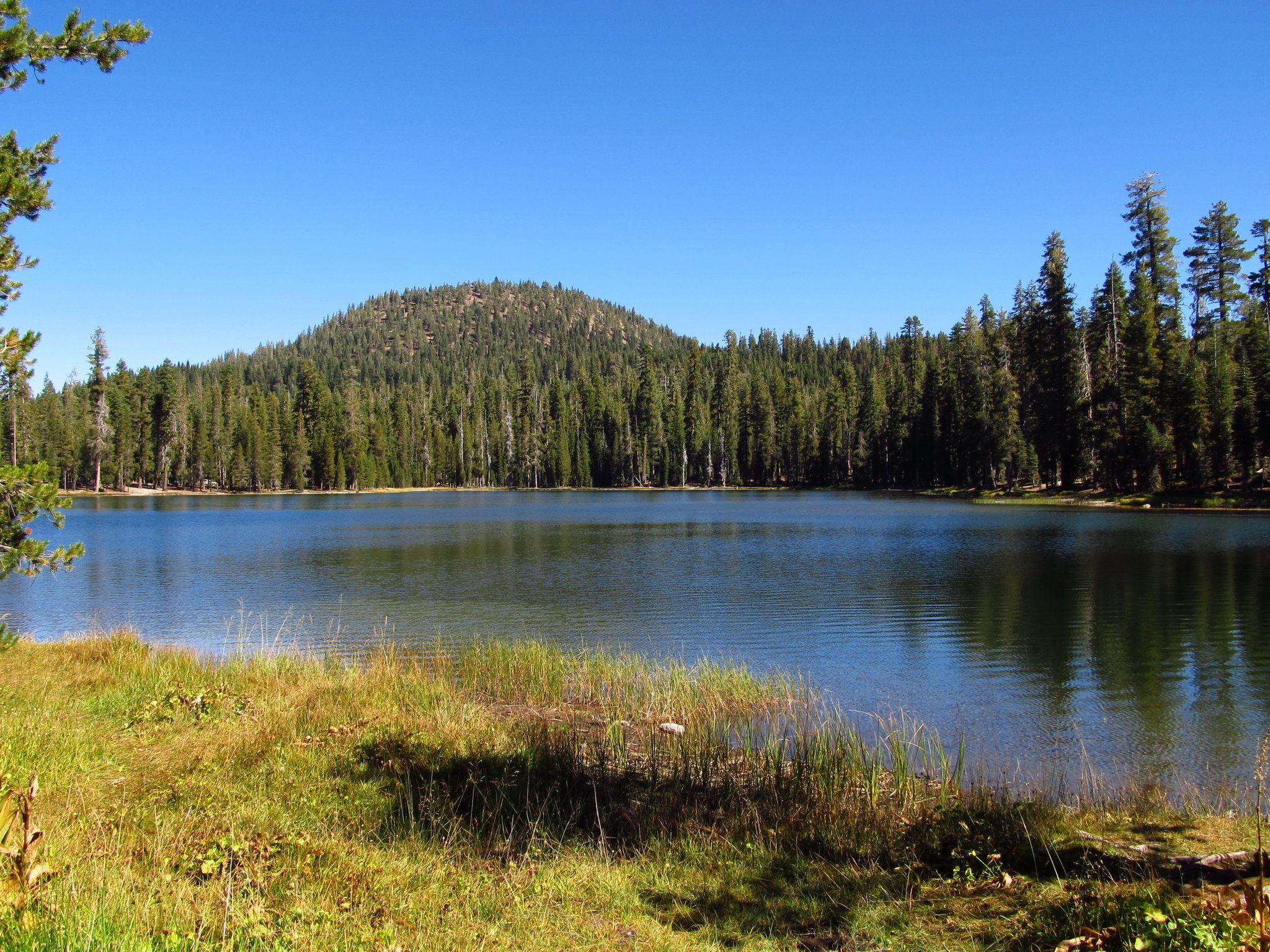 Wallpapers USA Lassen Volcanic Nature Lake Parks Forests 2048x1536