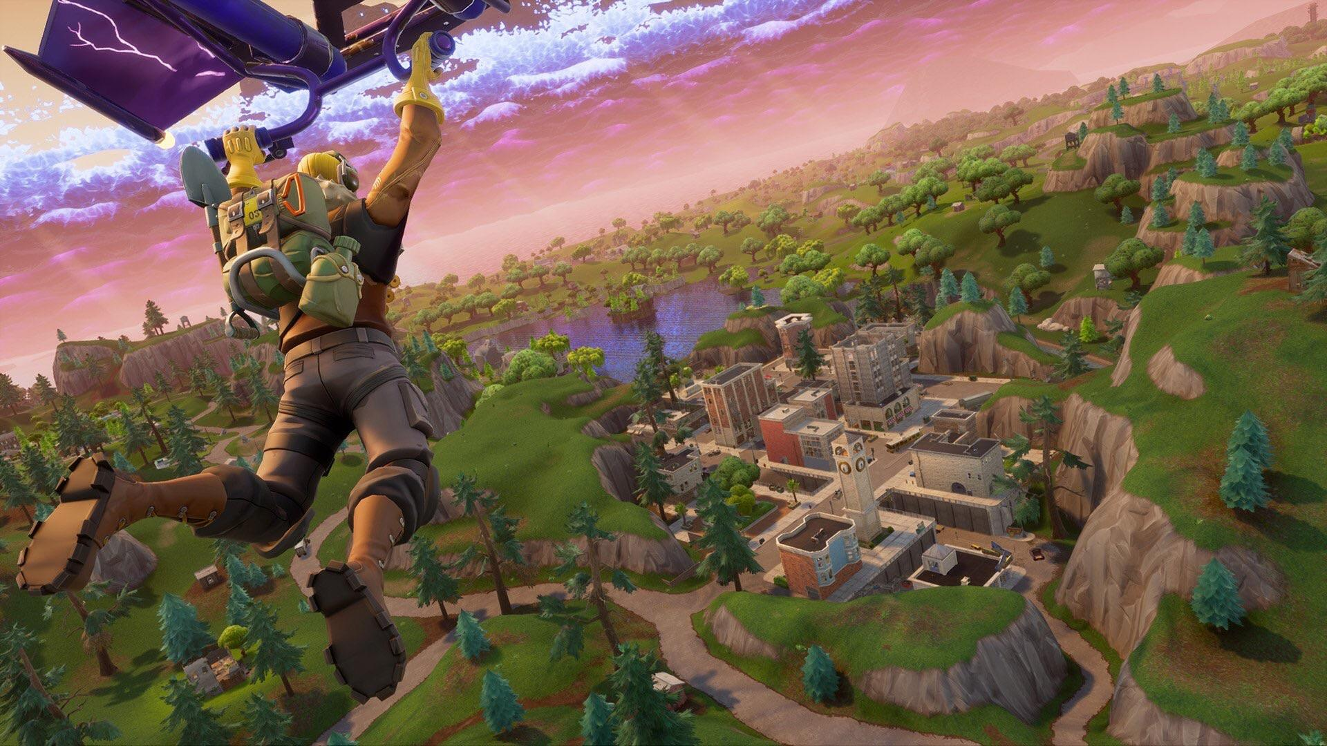 New look at Tilted Towers coming this week to Fortnite Battle ...