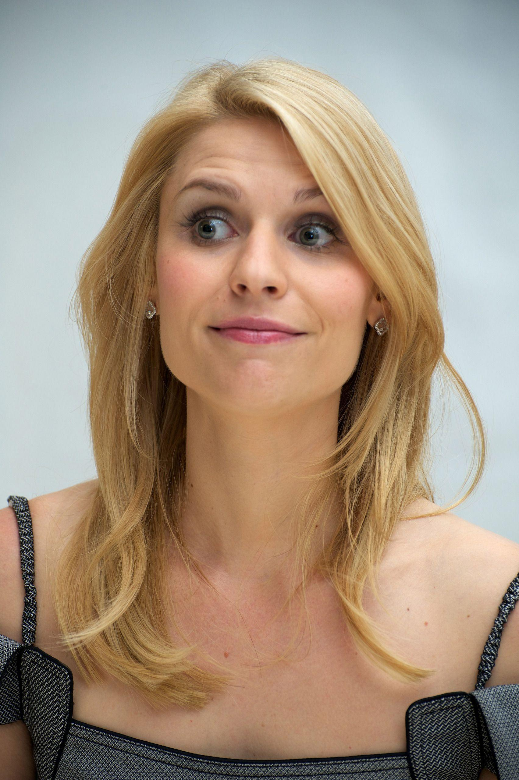 996062 Claire Danes Wallpapers