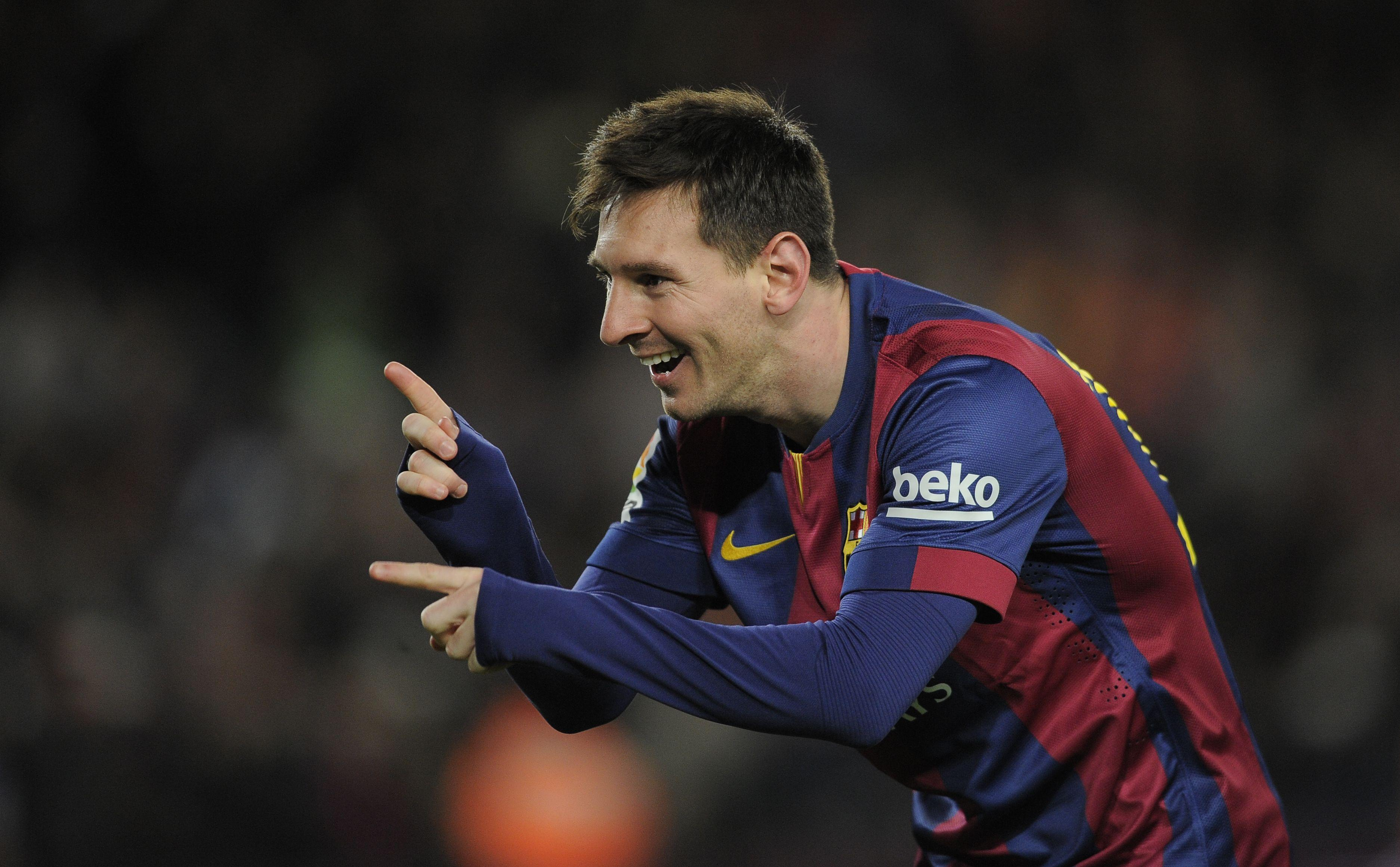 some nice wallpapers of this football legend Lionel Messi