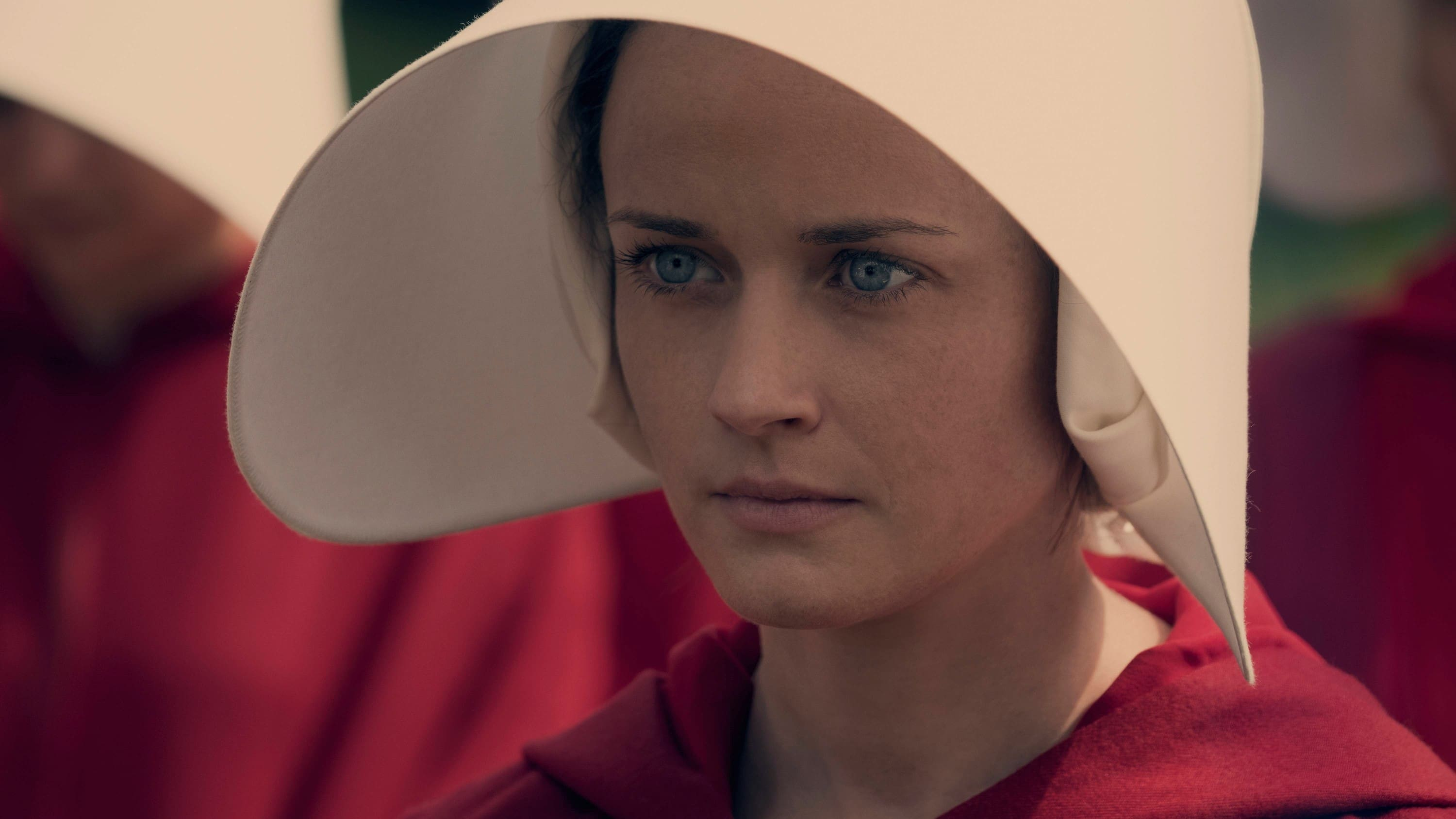 The Handmaid's Tale, Season 1 wiki, synopsis, reviews - Movies Rankings!