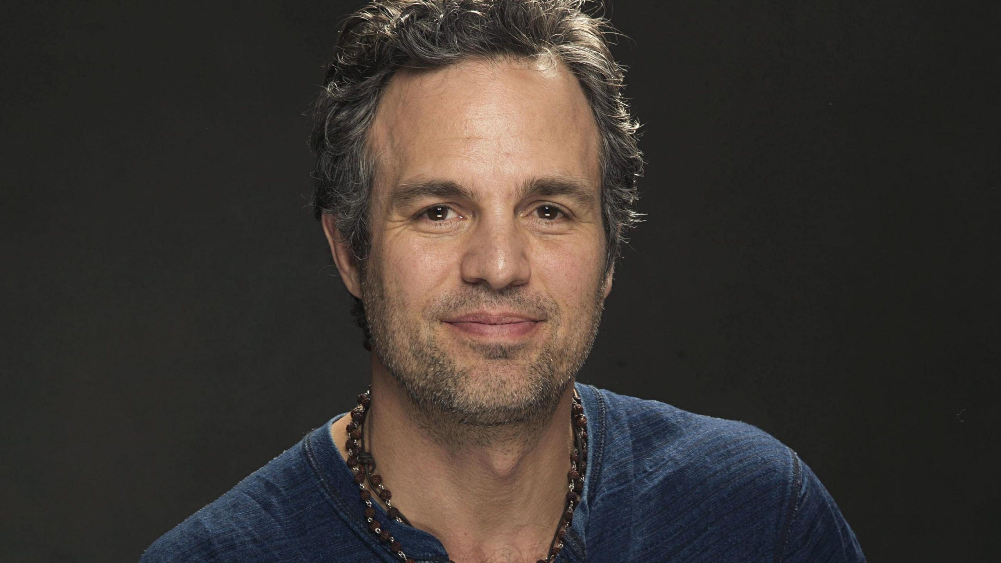 Download Wallpapers 3840x2160 Mark ruffalo, Actor, Look, Bristle 4K