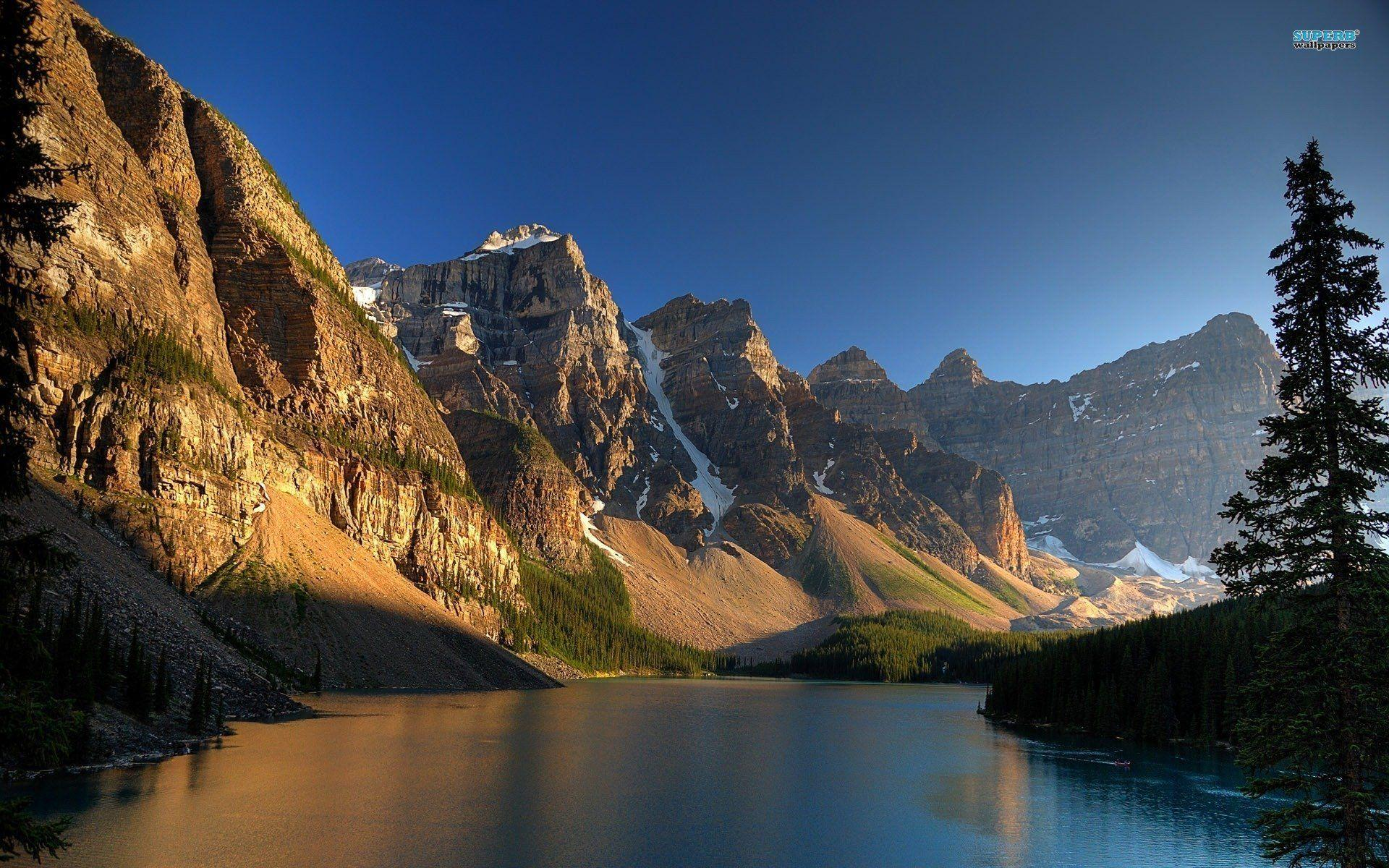 Moraine Lake Banff National Park 335785