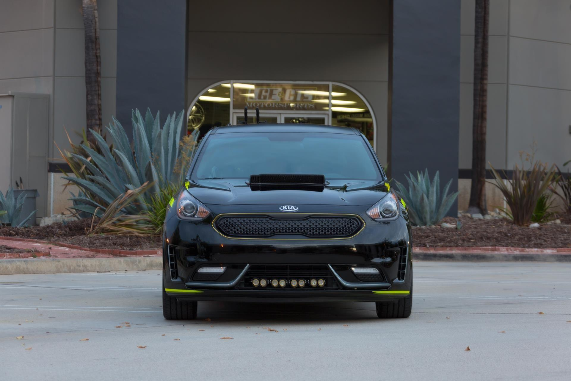 2016 Kia Niro Triathlon News and Information, Research, and History
