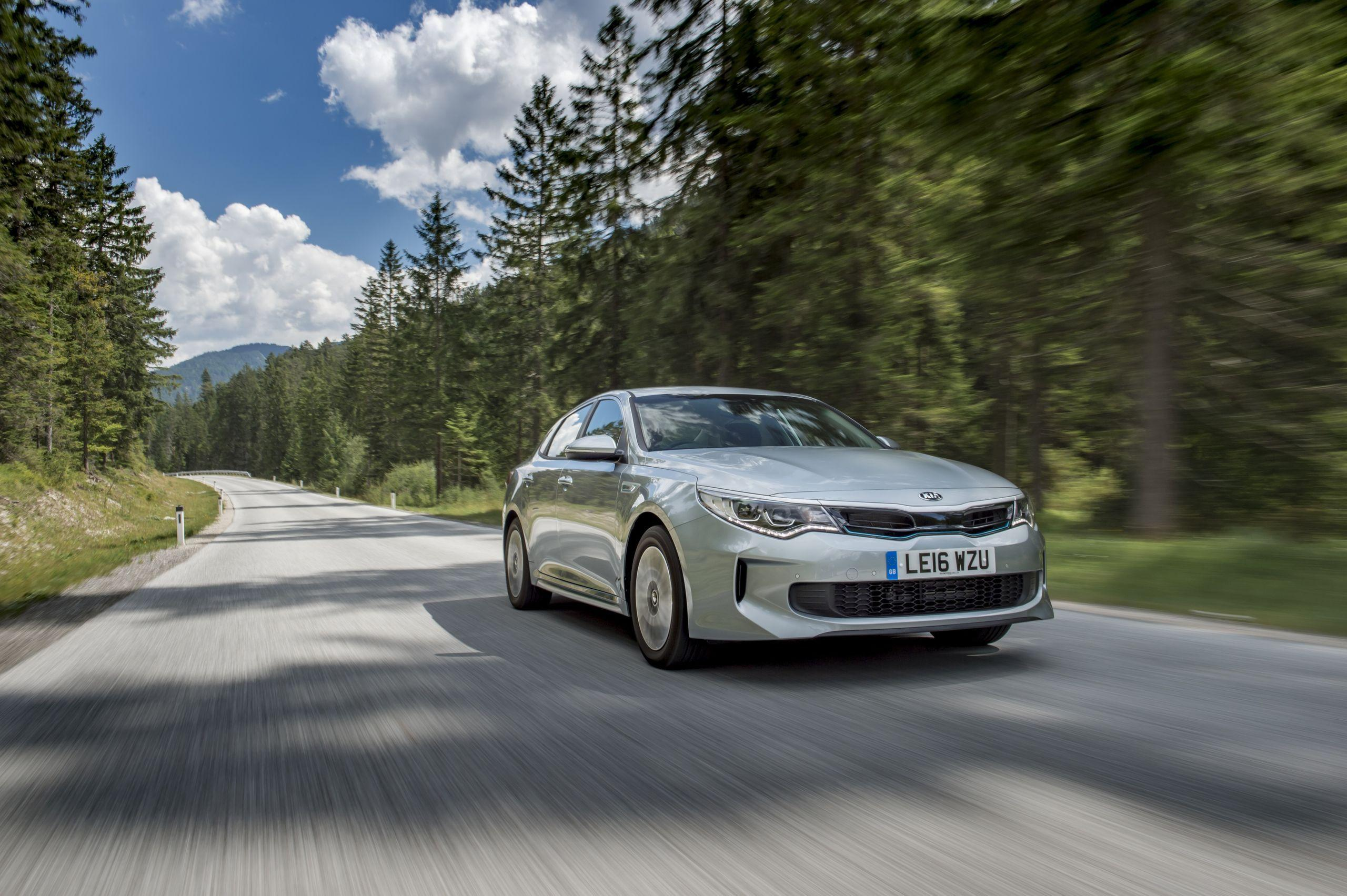 Wallpaper Wednesday: Kia Optima Plug-In Hybrid