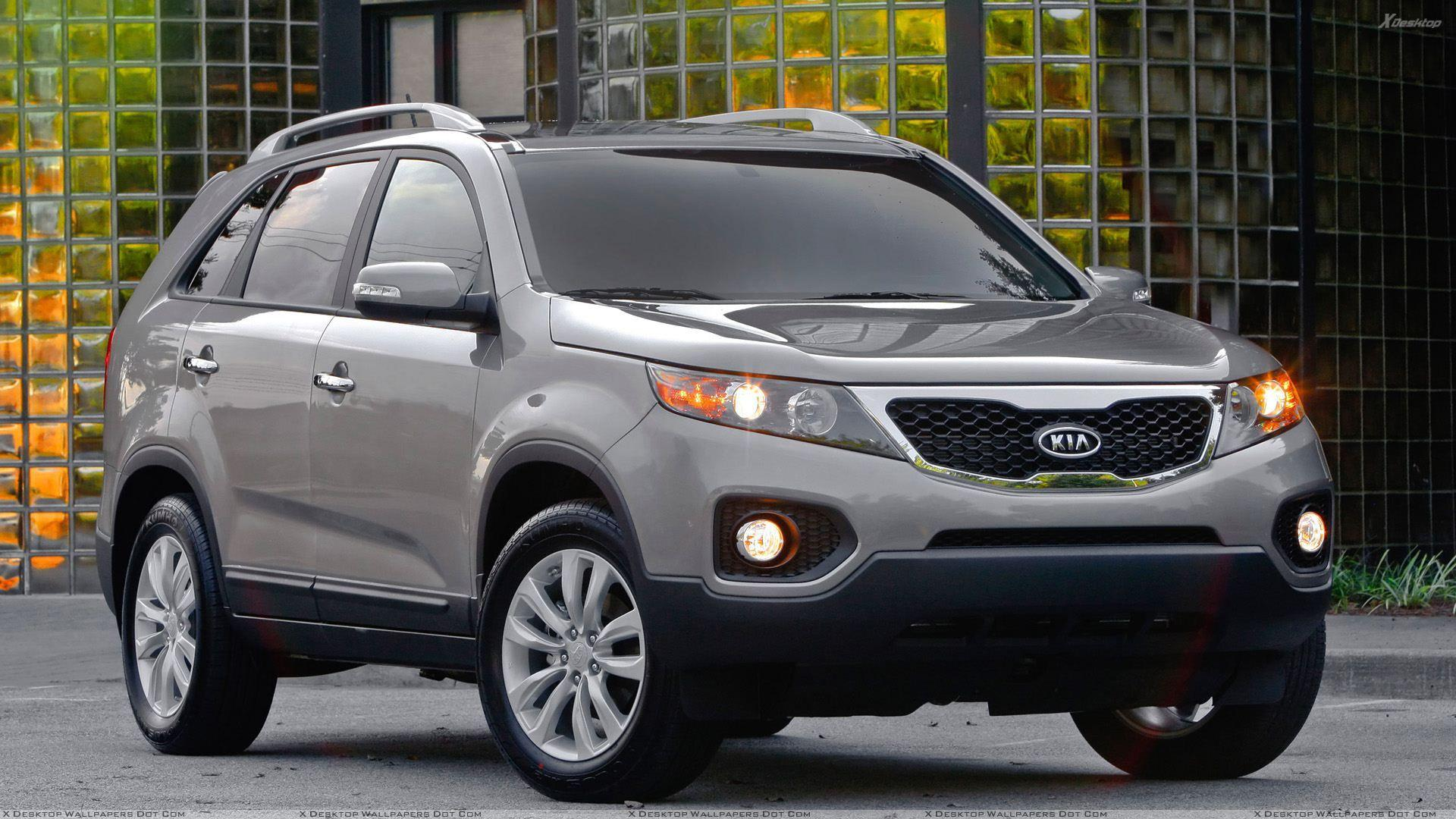 Kia Sorento 2011 In Grey Front Pose Wallpapers
