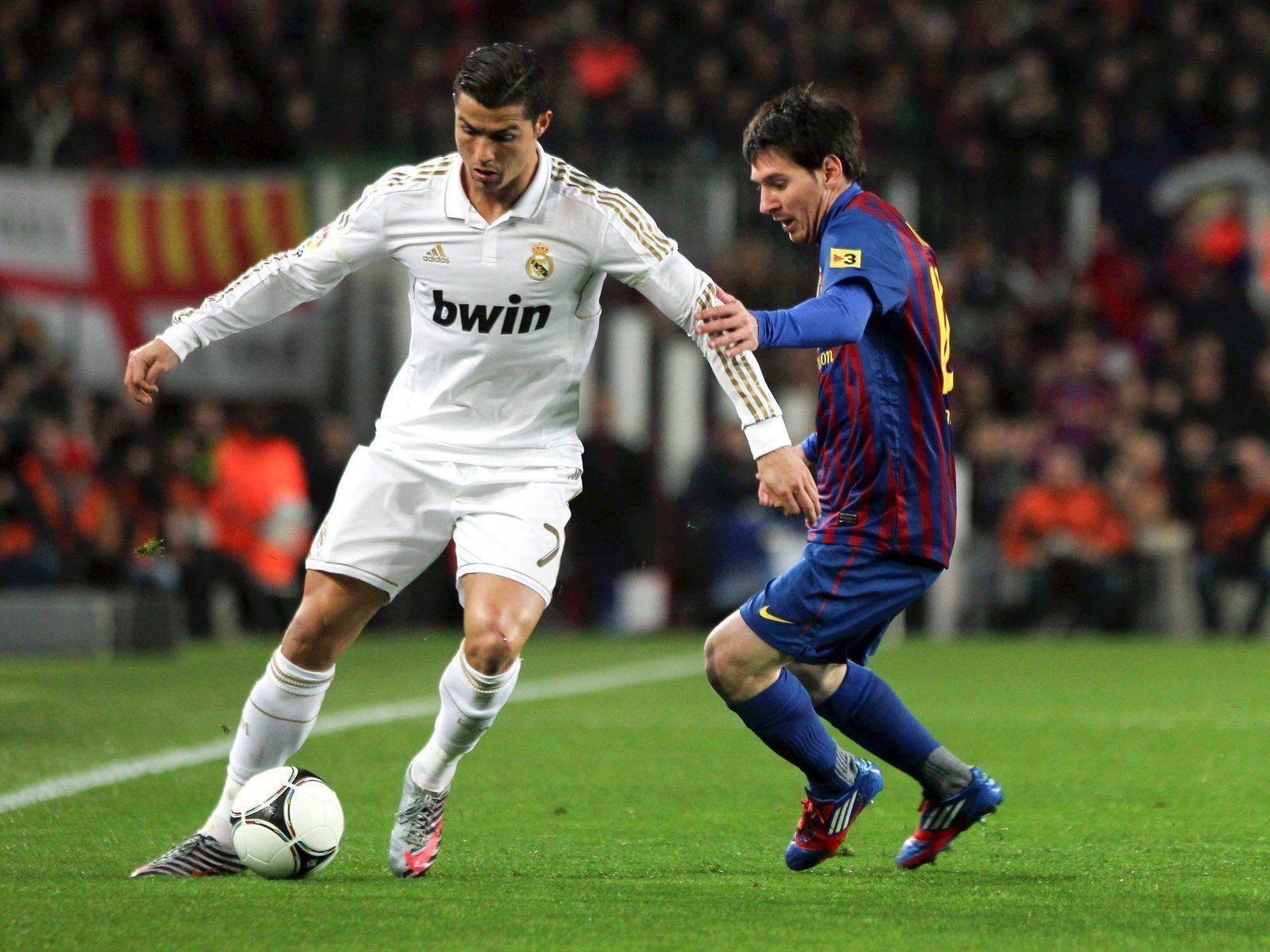 Cristiano Ronaldo Free Kick Hd Wallpapers Cristiano Ronaldo
