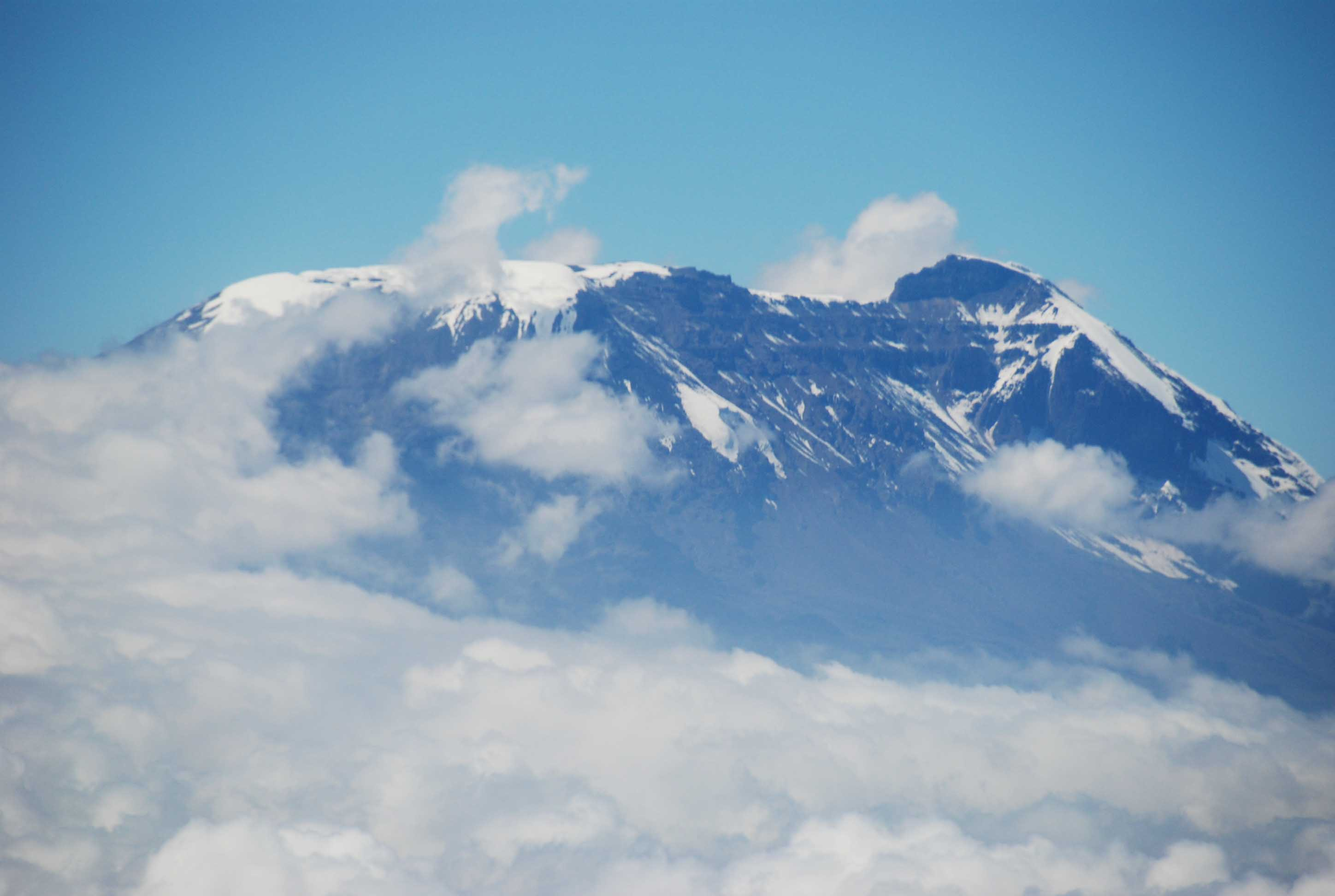 Mount Kilimanjaro and Clouds Wallpapers