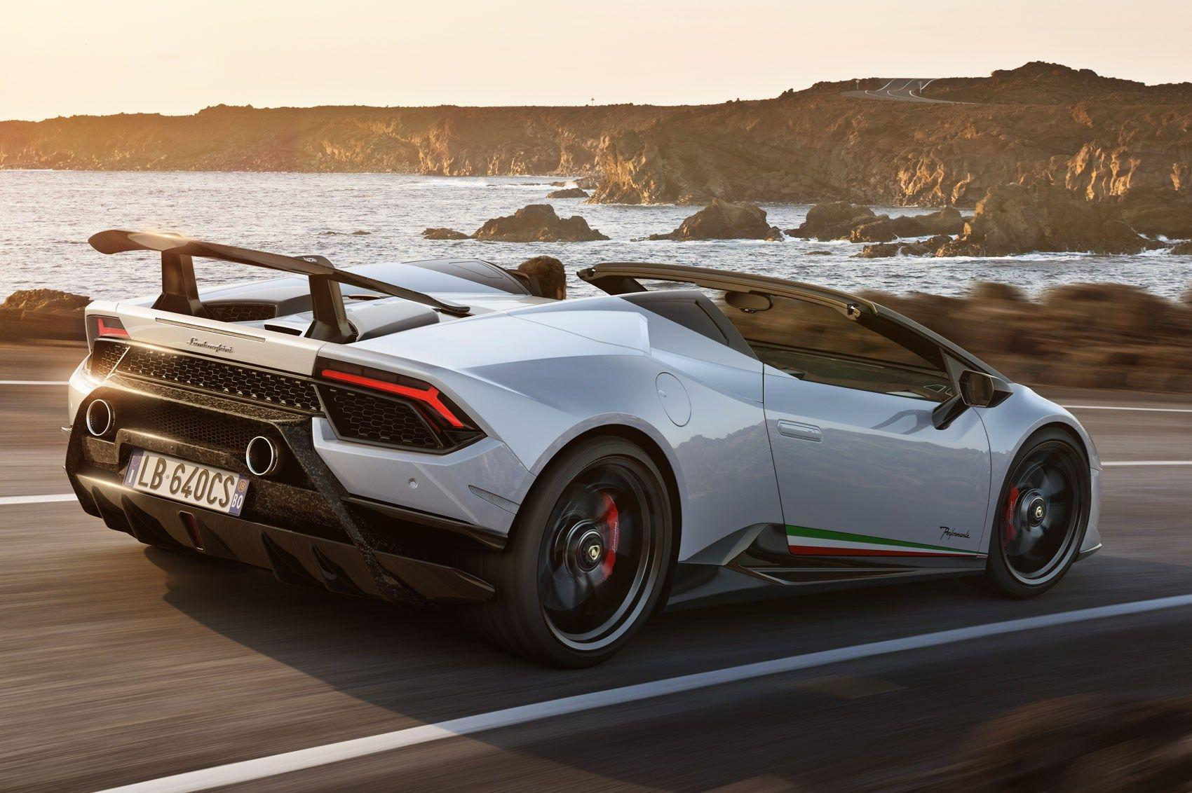 Lamborghini Huracan Performante Spyder: hardcore and topless thrills