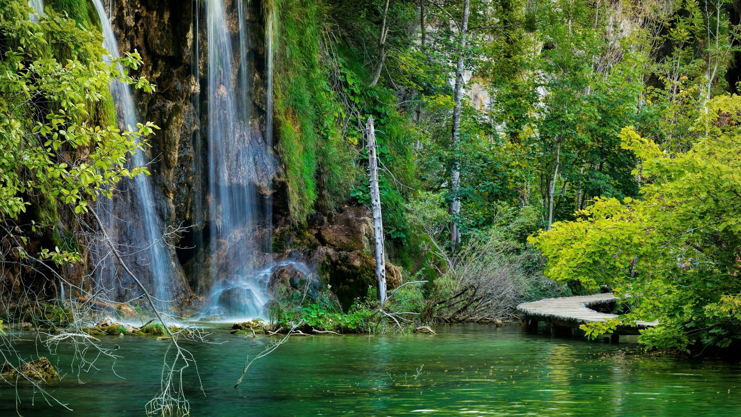 Download Wallpapers 2560x1440 Croatia, Plitvice Lakes National Park