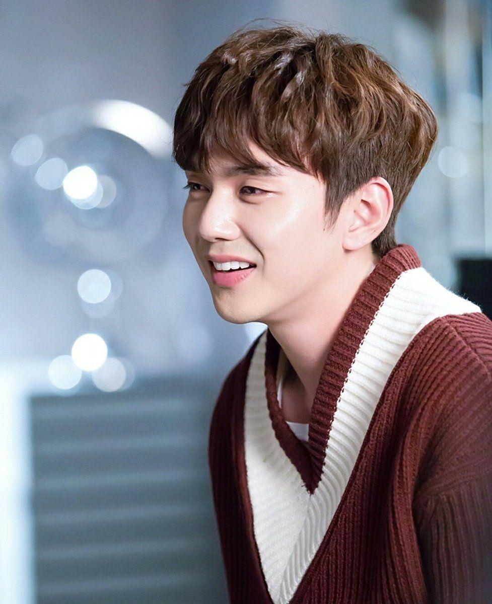 Hd Korsn Movie8 Bath Com: Yoo Seung Ho HD Wallpapers