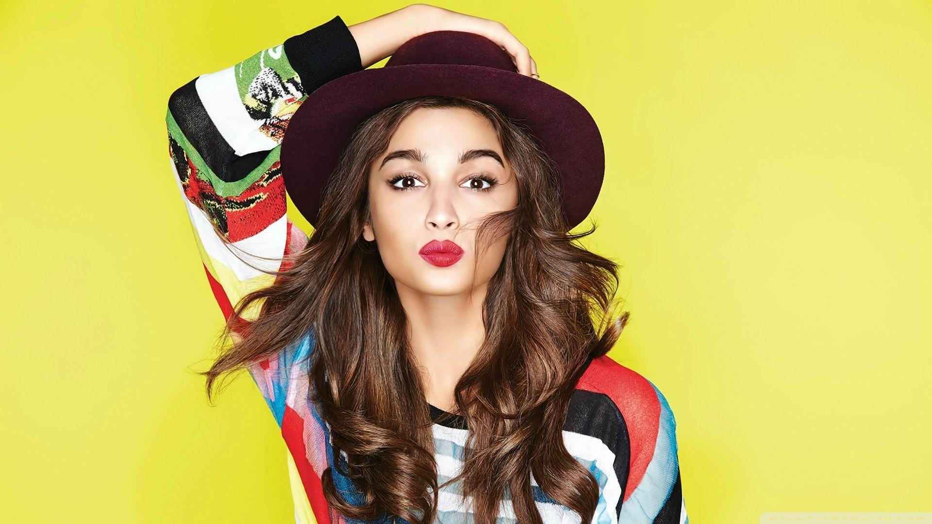 Alia Bhatt ❤ 4K HD Desktop Wallpapers for 4K Ultra HD TV • Wide
